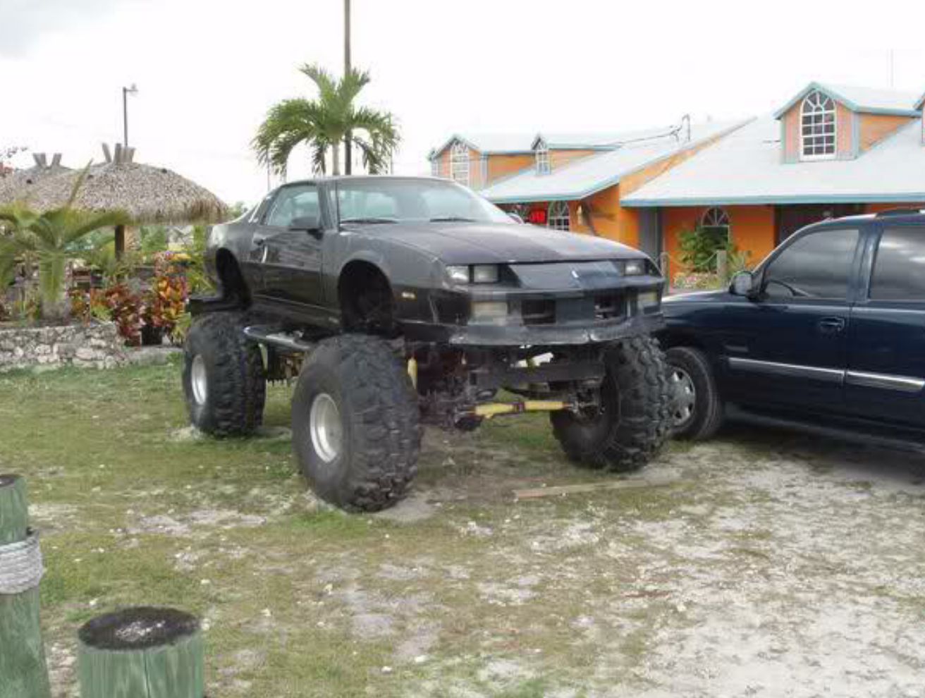 8 Lifted Cars That Look Absolutely Amazing