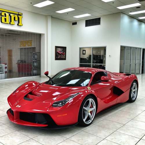 so i saw this while paying a visit to foreign cars italia ofanother one in the lobby