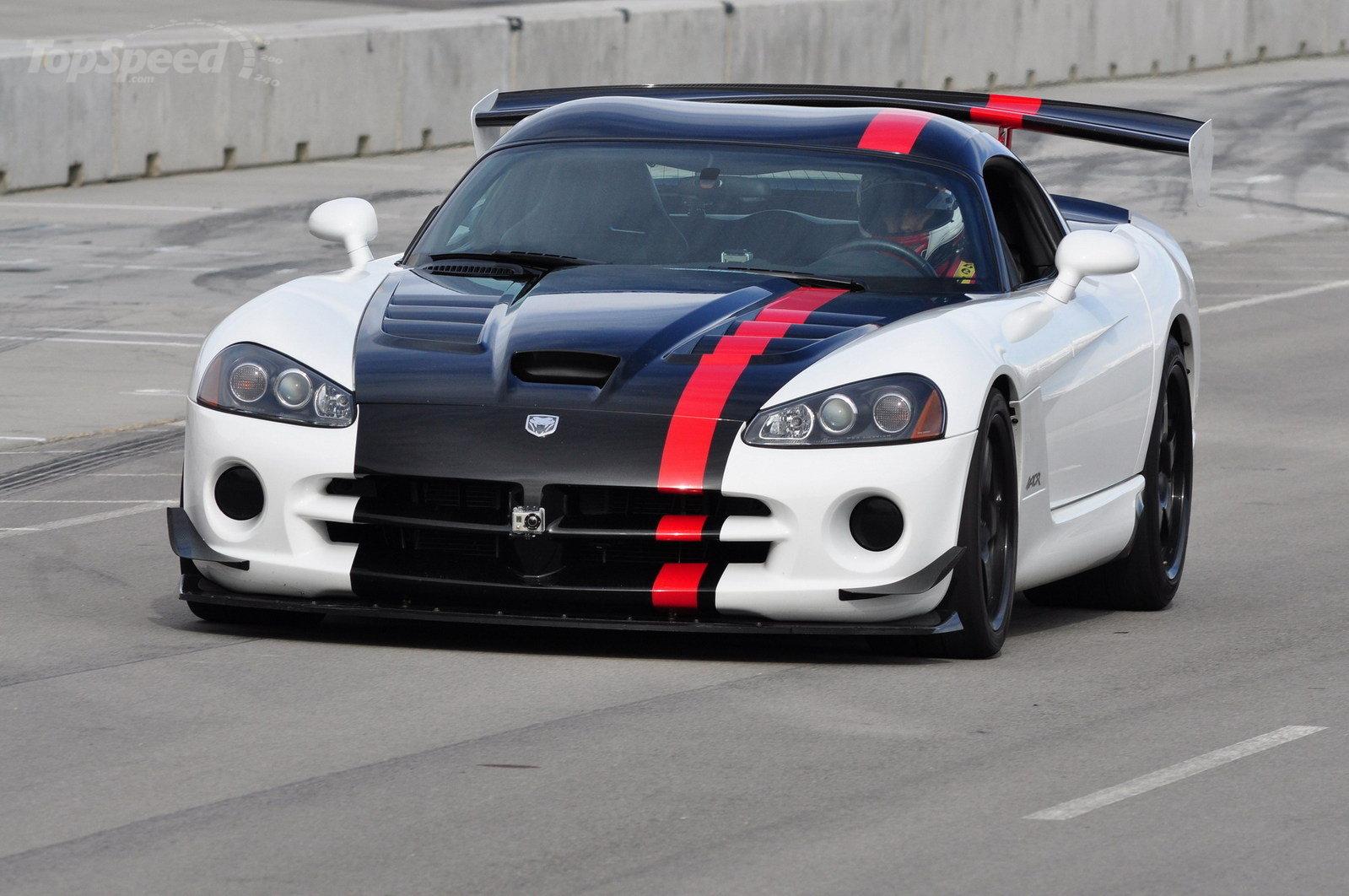 Dodge Challenger SRT Concept Wallpaper HD Car Wallpapers