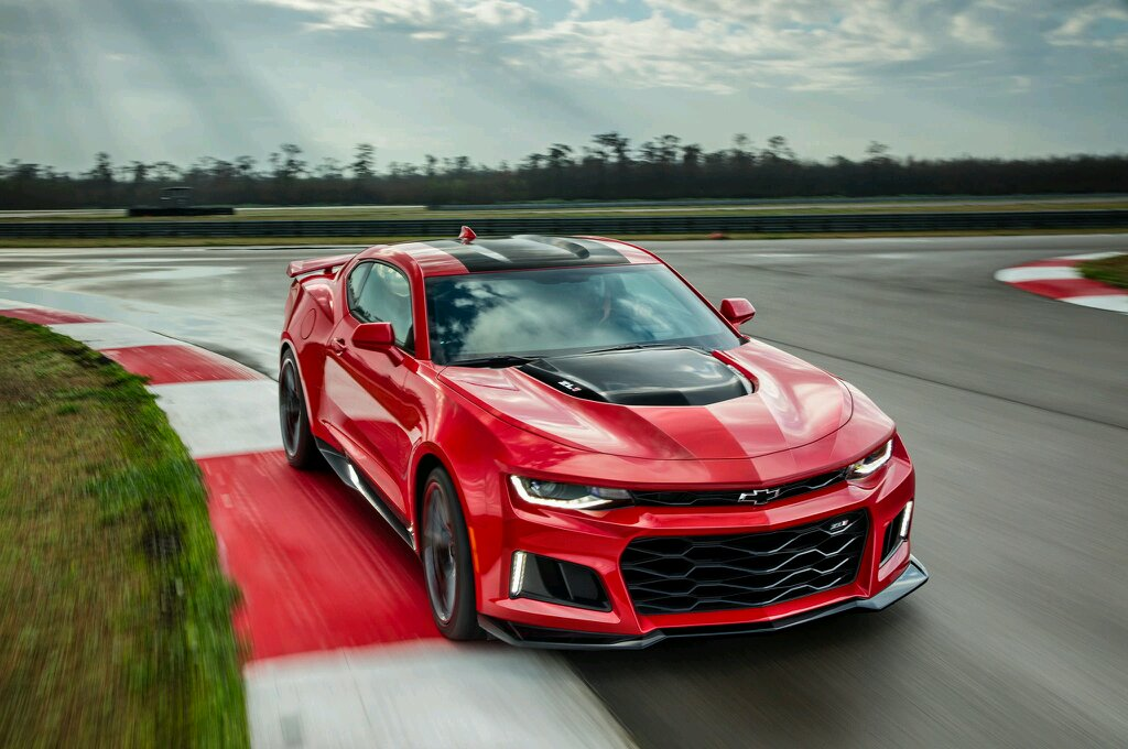10 CARS WITH INSANELY BIG FRONT GRILLES