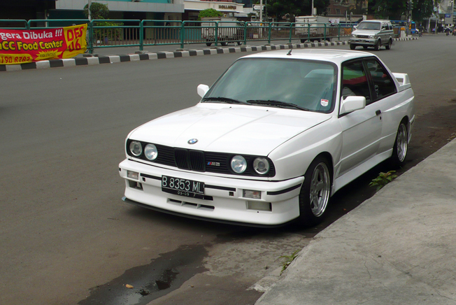 Yup That S Old Indonesian Police Car Bmw E30 M3