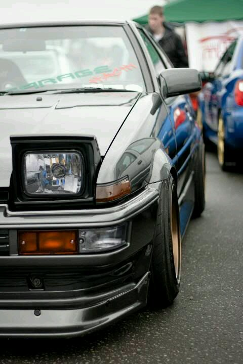I NEED A TOYOTA AE86 WALLPAPER FOR IPHONE THANK YOUU