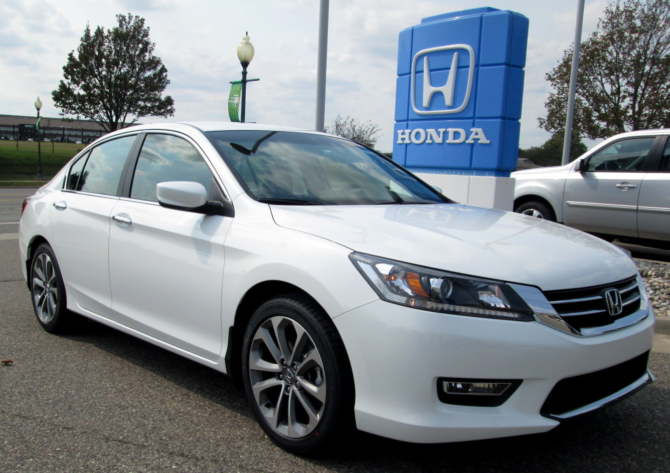 2013 honda accord white 200 interior and exterior images. Black Bedroom Furniture Sets. Home Design Ideas