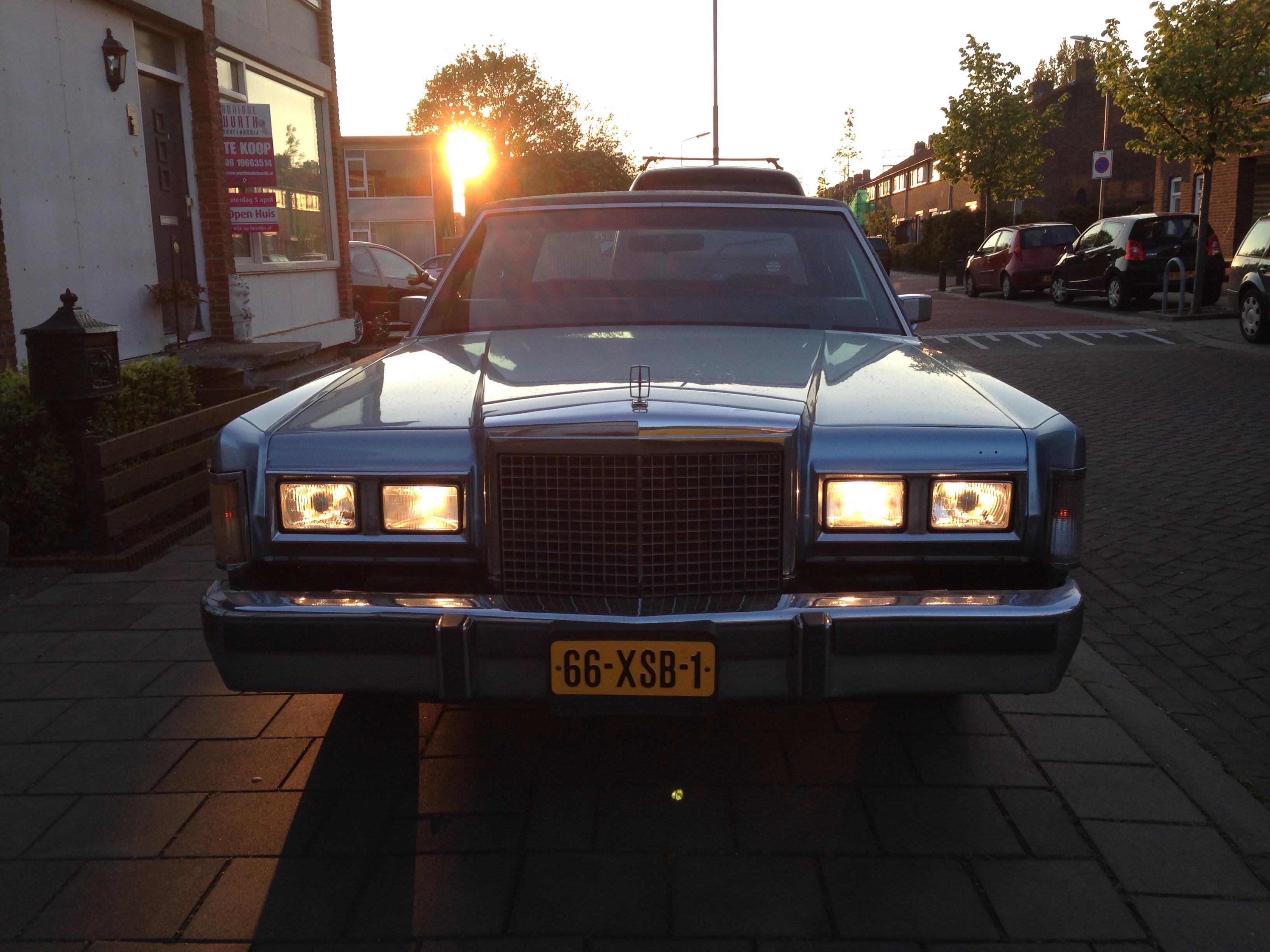 1985 Lincoln Town Car Cartier
