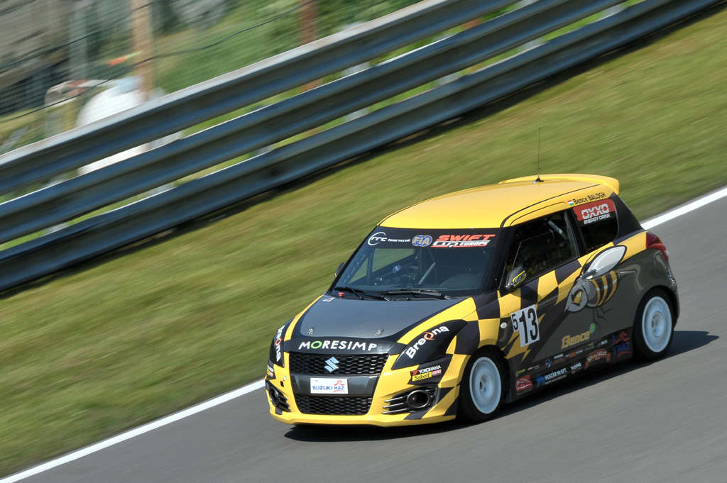 2014 suzuki swift sport race car. Black Bedroom Furniture Sets. Home Design Ideas