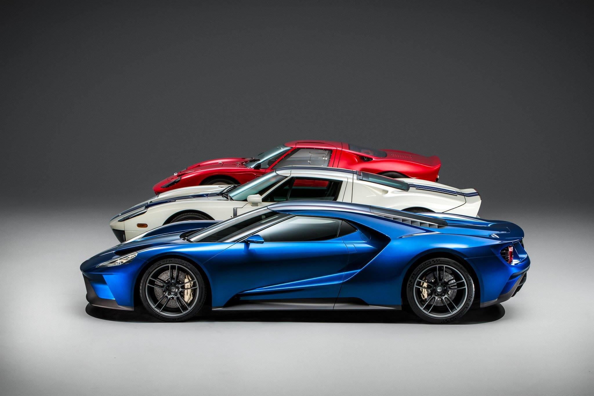 Im A Side Profile Guy A Nice Side Profile Makes Or Breaks A Supercar For Me The New Ford Gt Is Absolutely Too Hot For Me To Handle