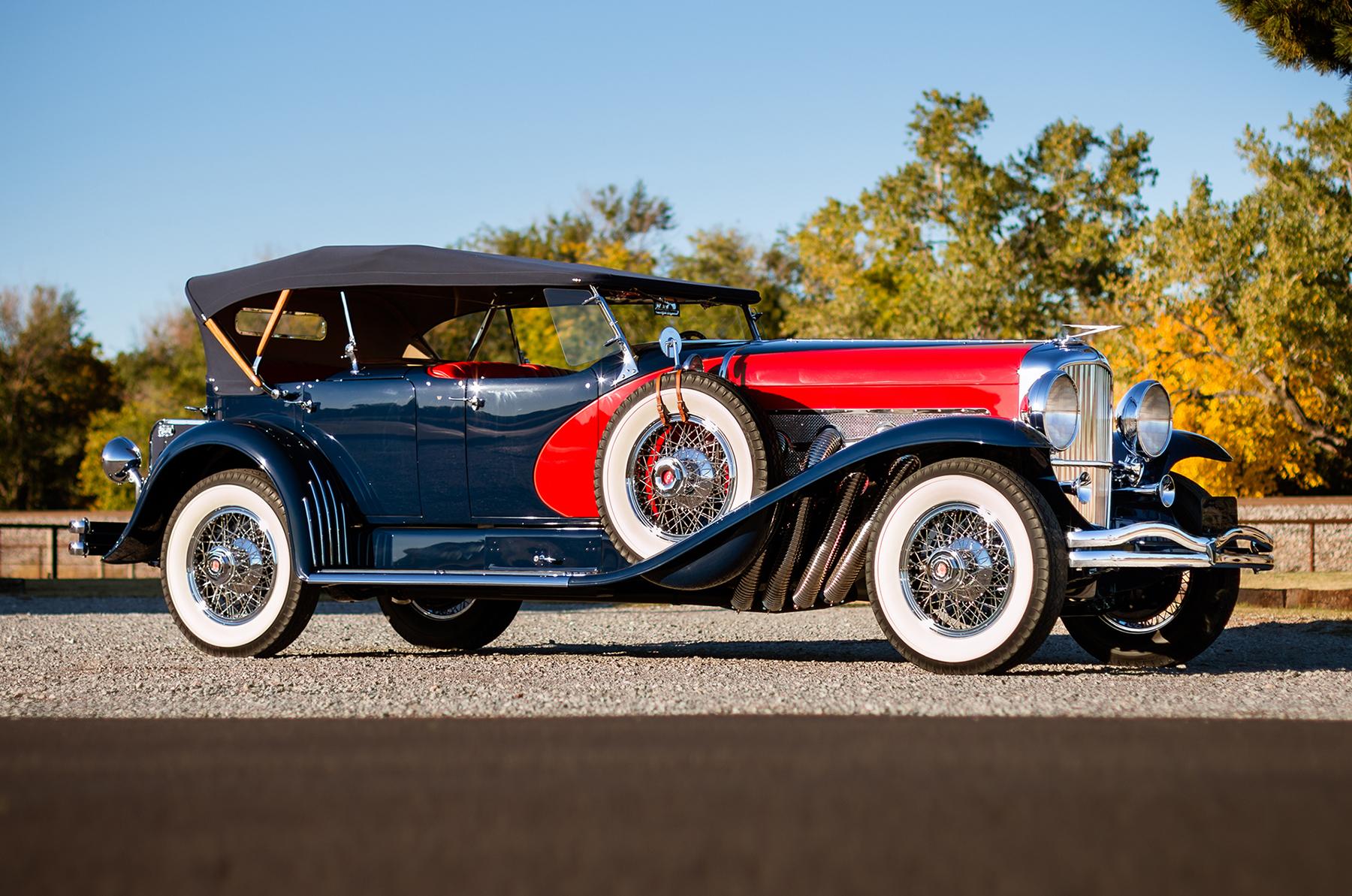 Duesenberg model-j(one of the best car company name IMO) my fav ...