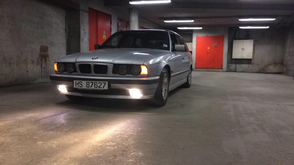 E34 525tds Wagon Lowered Deep Dish Rims Tinted Windows And All