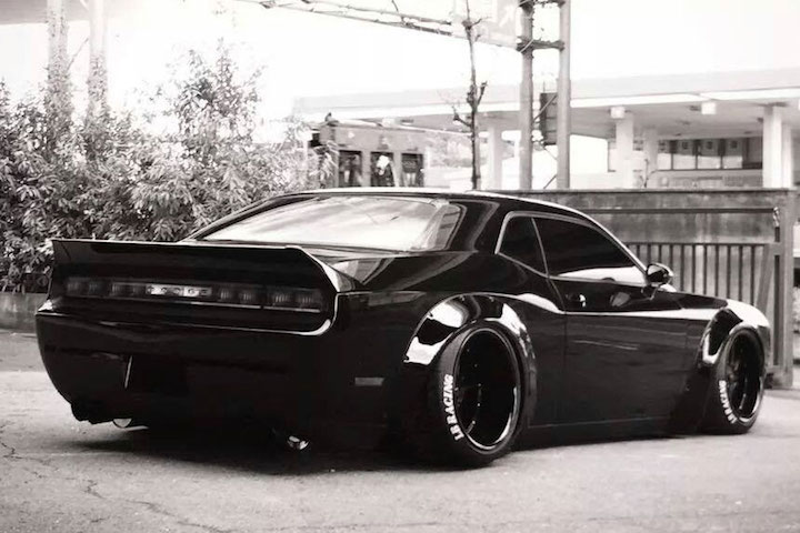 Beautiful Liberty Walk Widebody Challenger