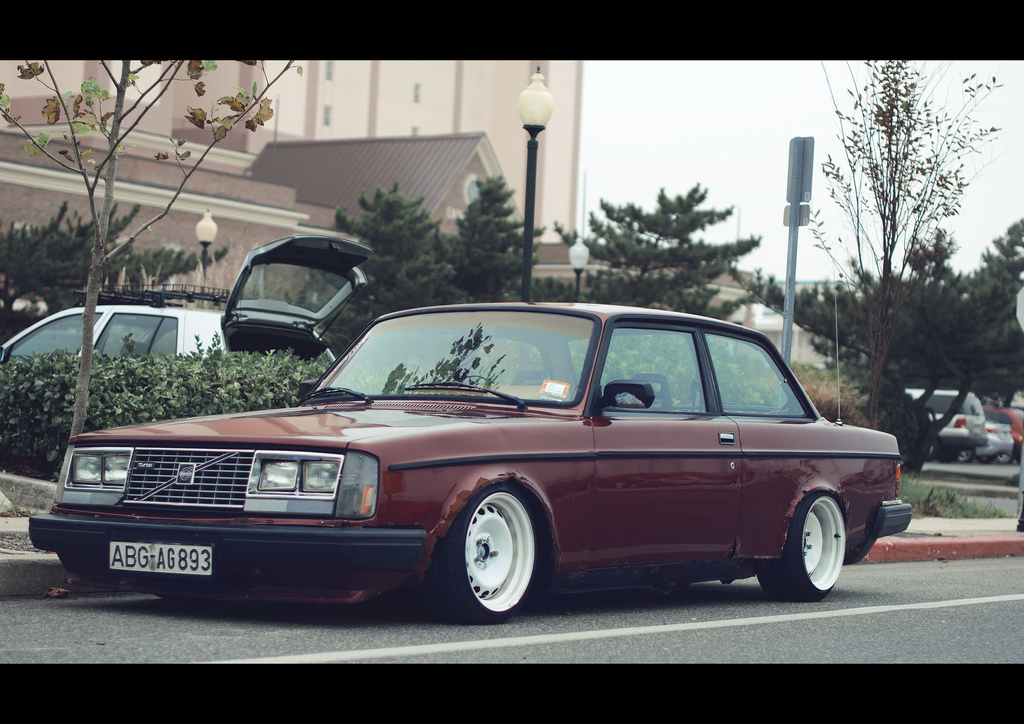 Anyone Else Think That Old Volvo S Stance Really Nicely