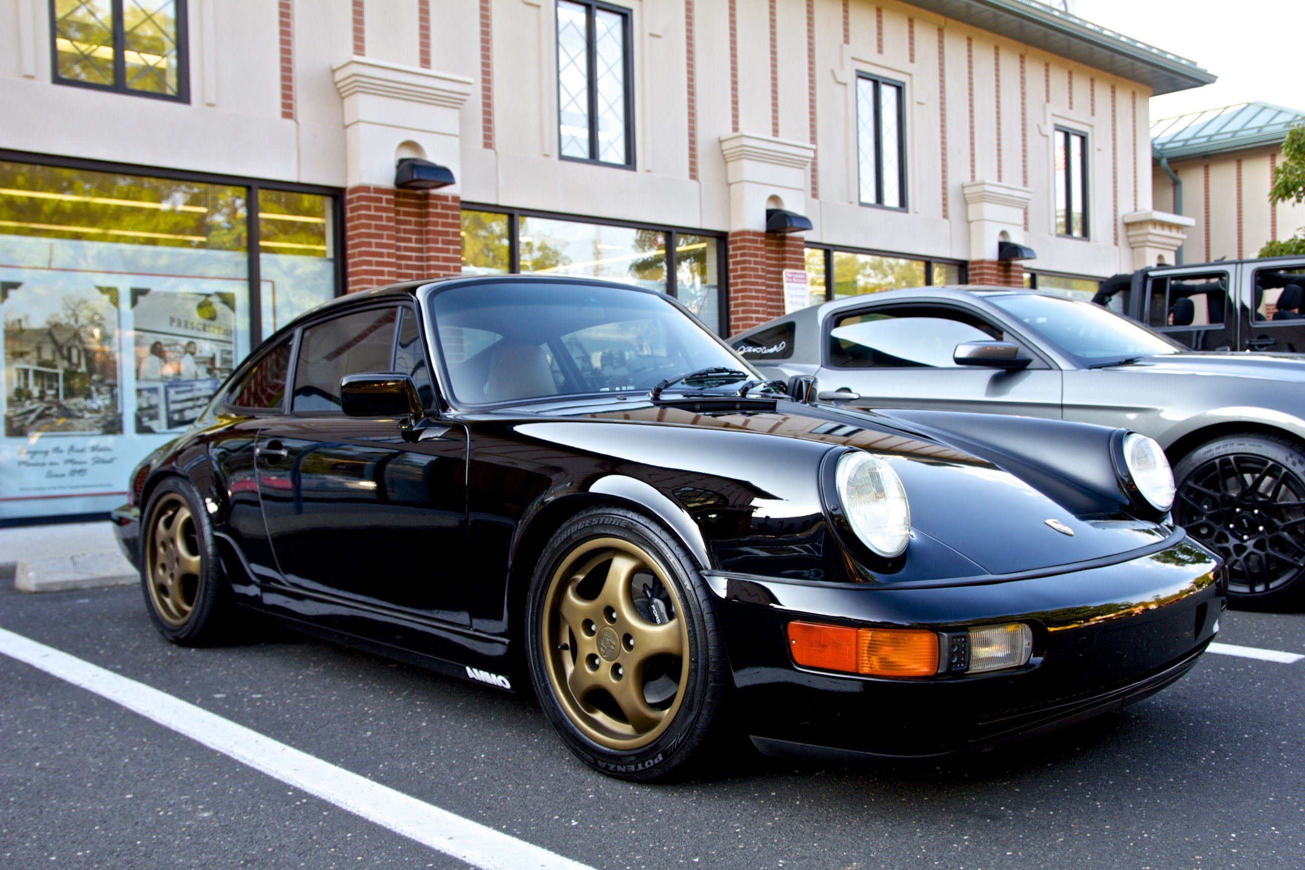 A Moment To Appreciate Larry Kosilla S Porsche 964 Ammonyc