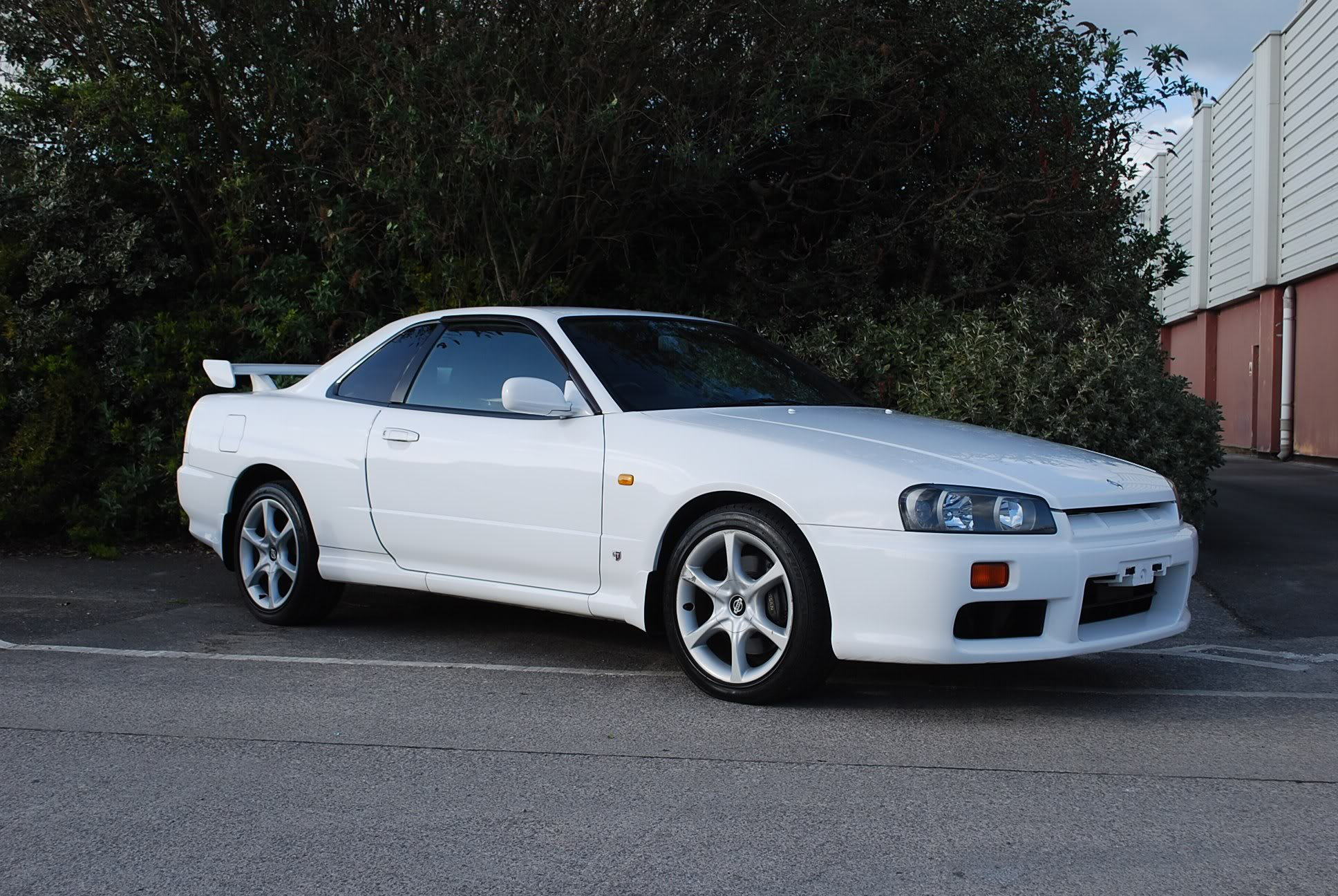 I Think The Nissan Skyline R34 Gt T Isnt Getting That Much Love I Think Its Pretty Cool Even