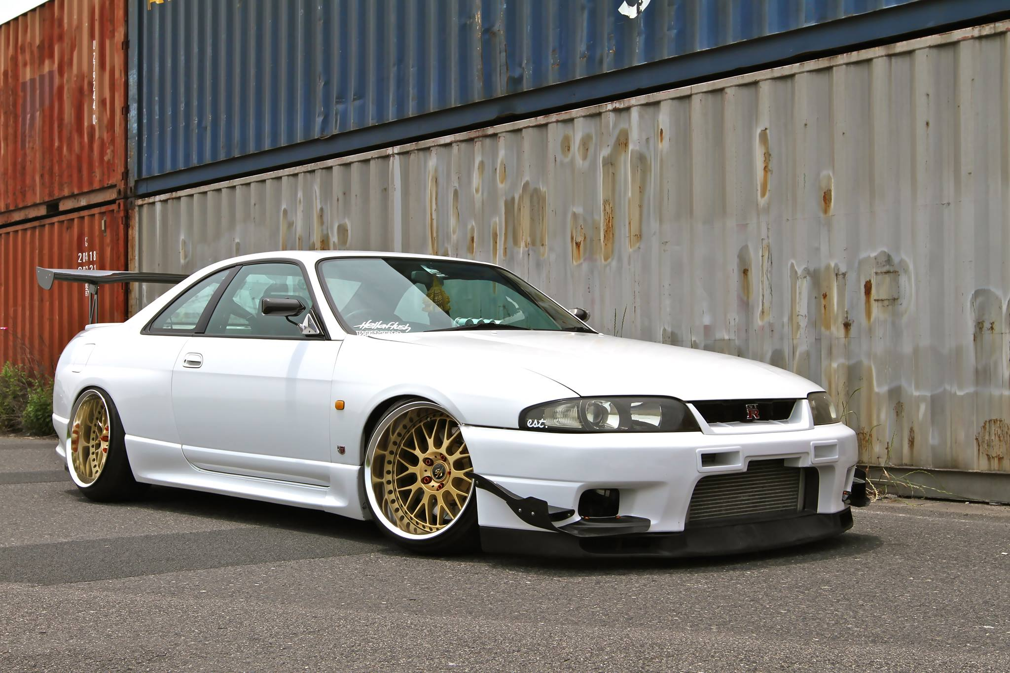 maybe an unpopular opinion but i kinda like the r33 better than the