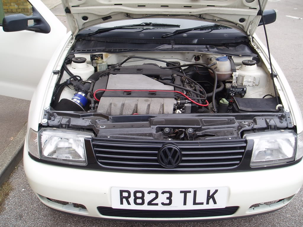 VR6 swapped Volkswagen Caddy !