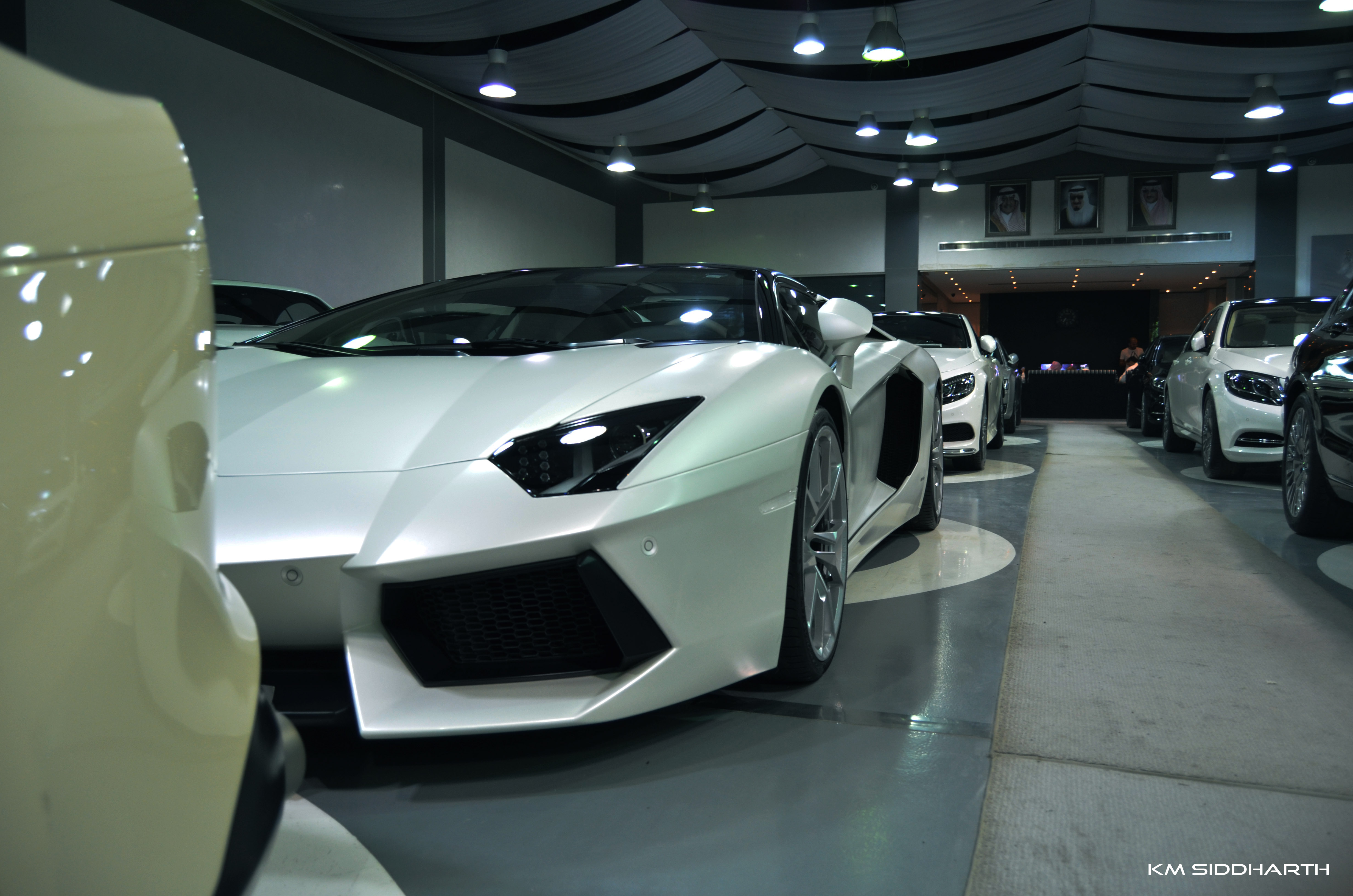 I took this picture of the Lamborghini Aventador Roadster when I