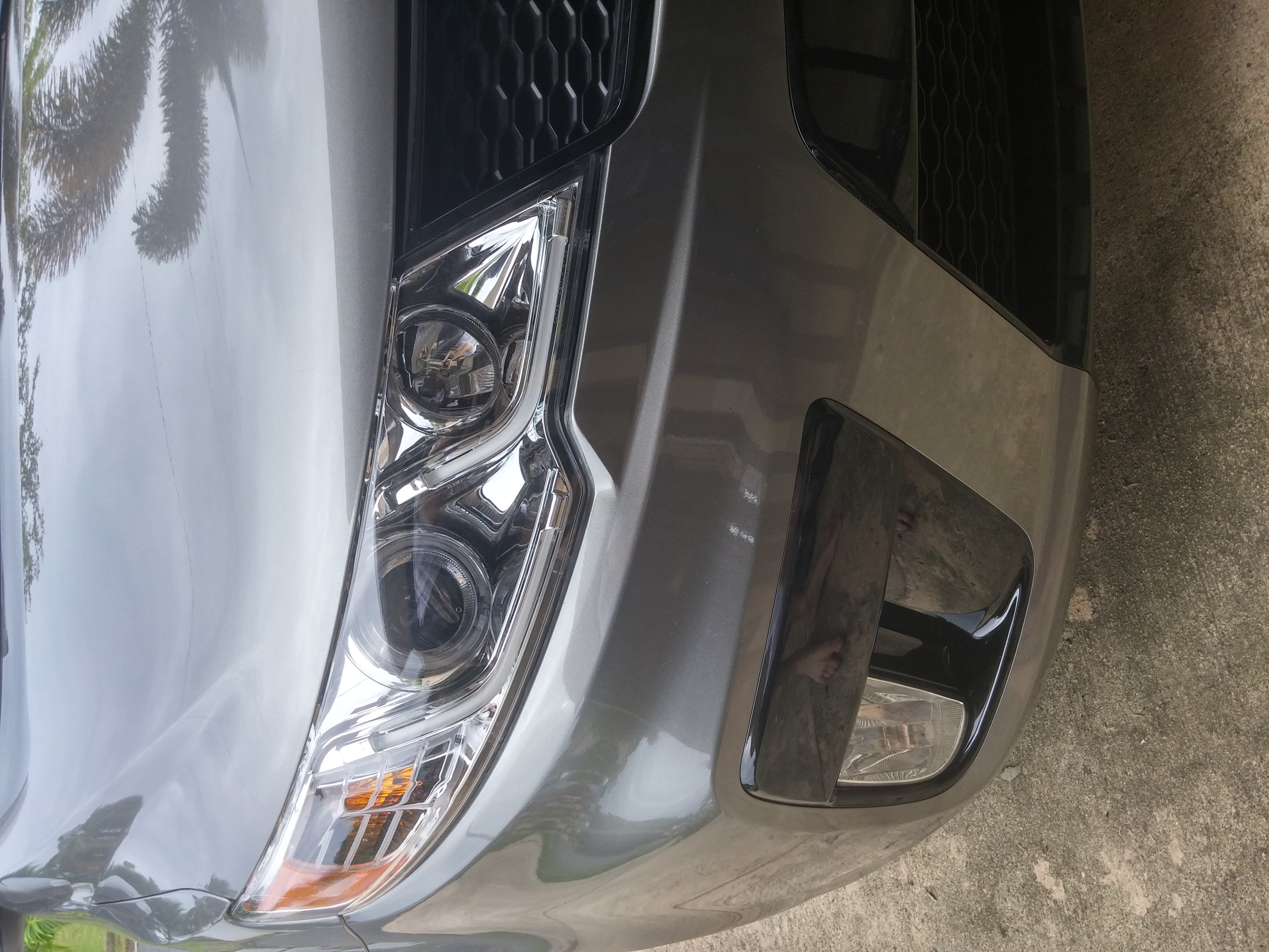 Is This Headlight Stock It A 2010 Kia Forte Koup Sx Bought Used And Im Slowly Looking At Some Different Stuff Ps Sorry For Turned Photo