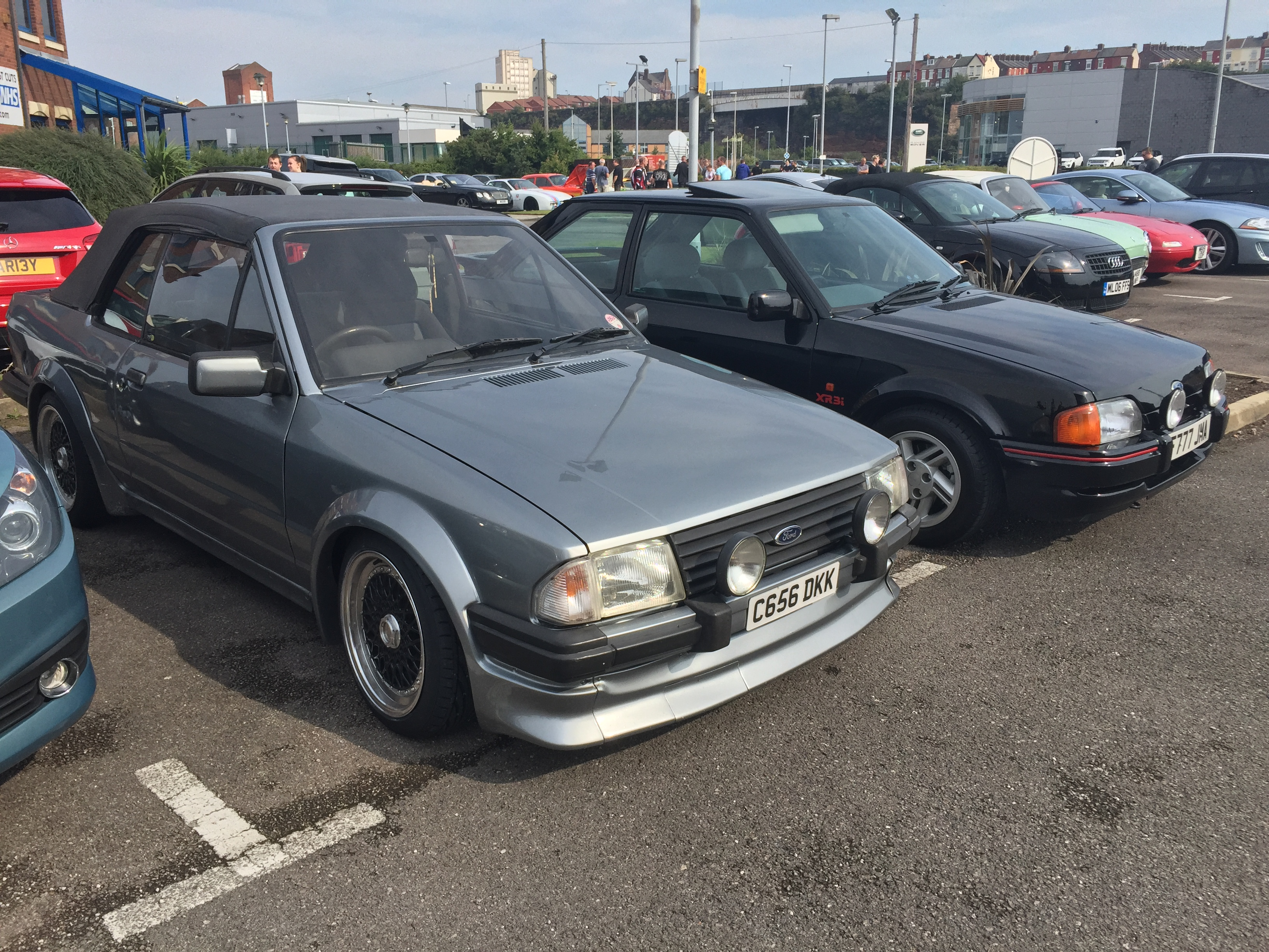 Went to a \'Cars & Coffee\' morning today here in Liverpool. Awesome ...