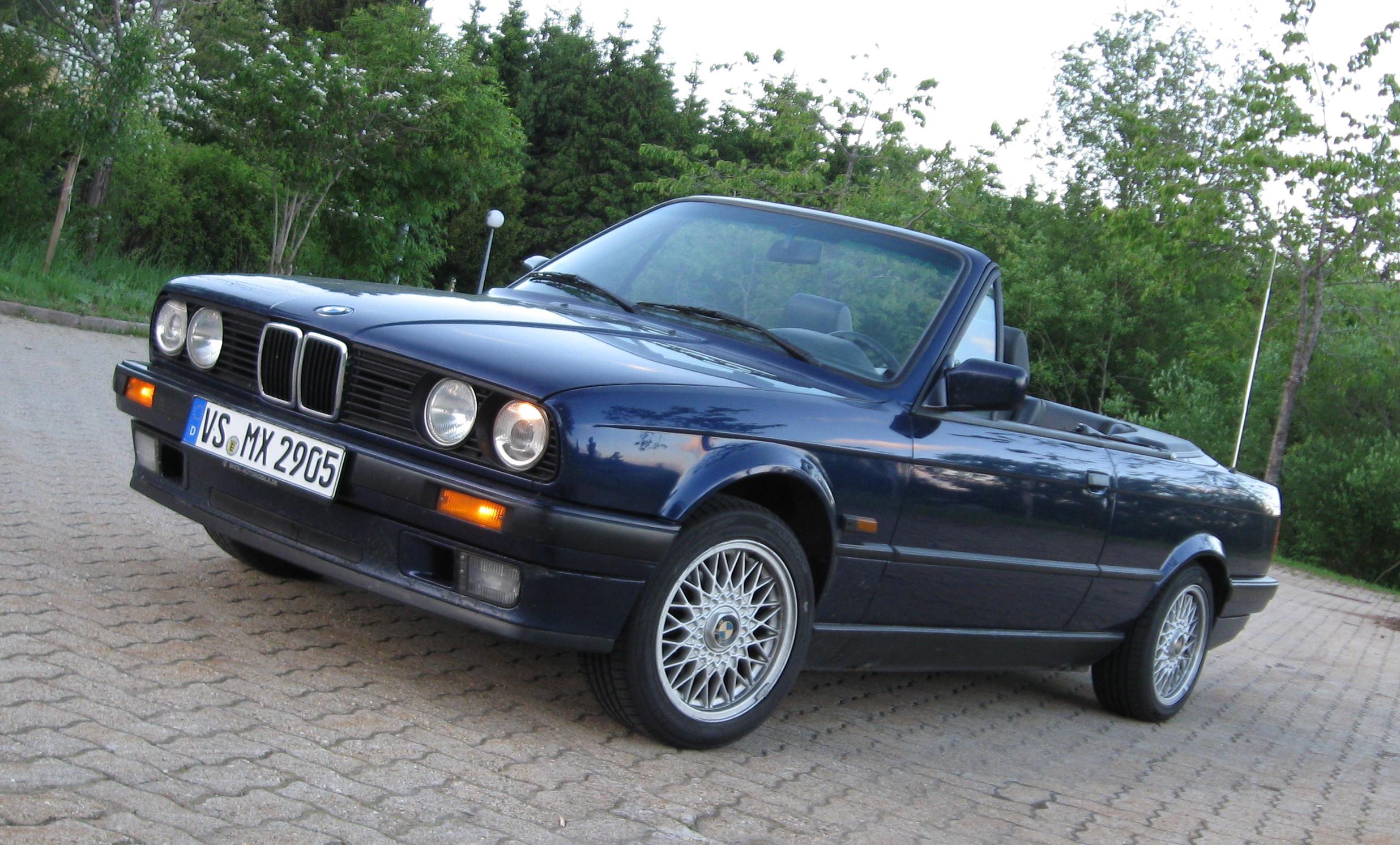 1991 BMW E30 318i Cabrio