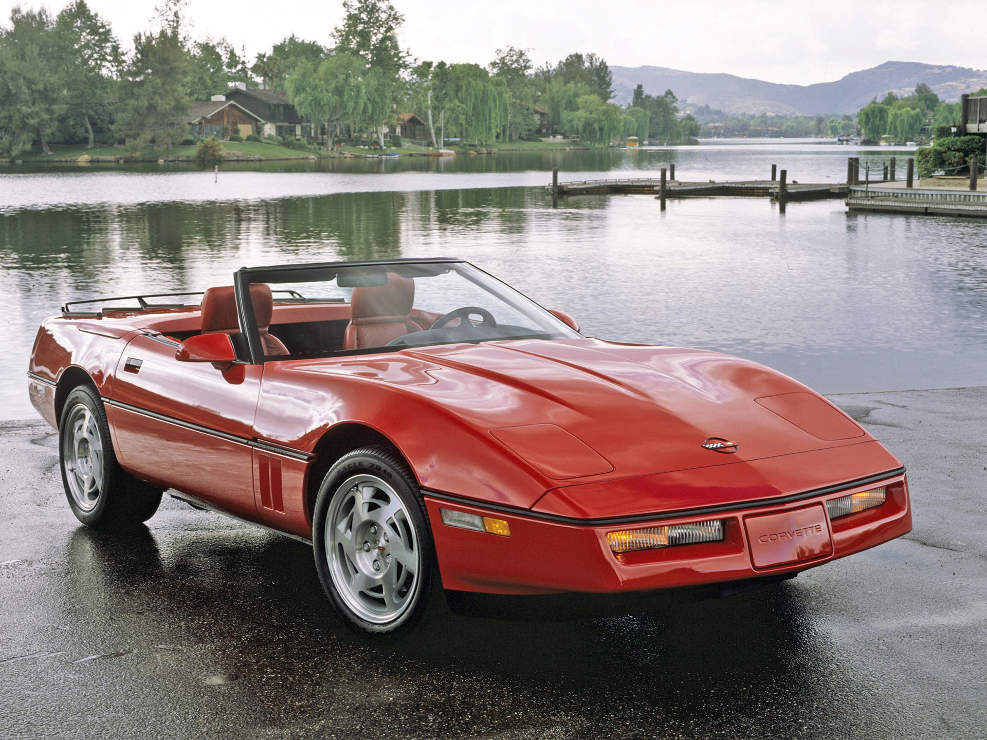 red convertible corvette c4 with red leather interior dream of the early 90s. Black Bedroom Furniture Sets. Home Design Ideas