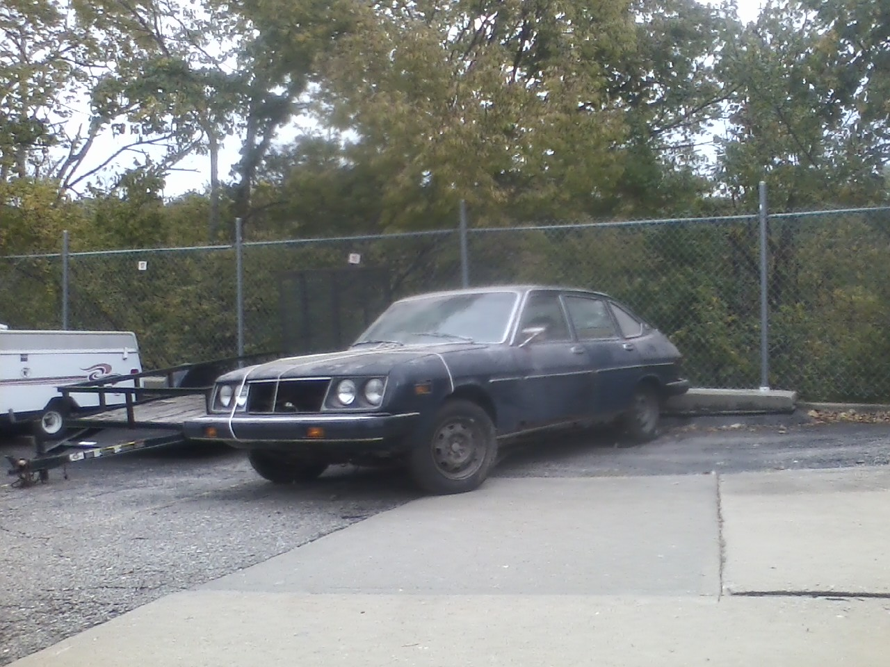 I just bought a new toy for 200 shes a 1975 lancia beta berlina shes a 1975 lancia beta berlina and shes the definition of a barn find these things are unicorns here in the us vanachro Images