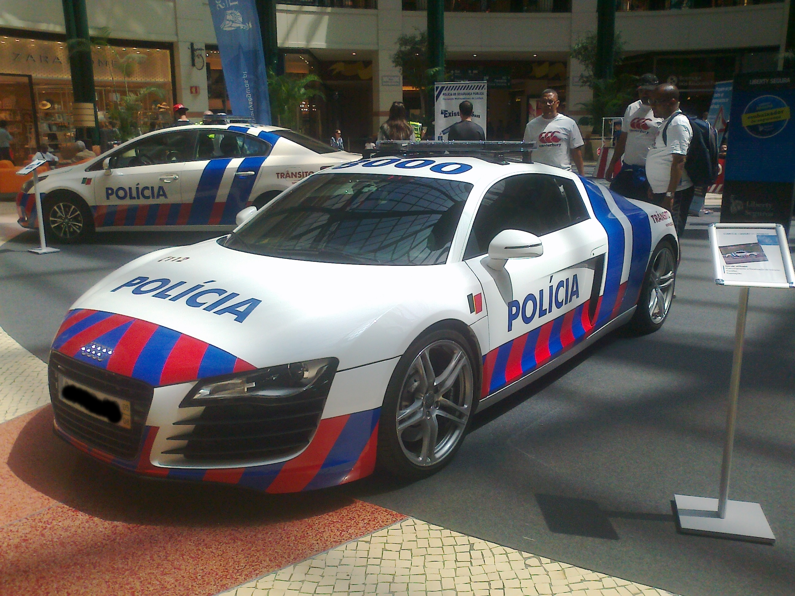 Portuguese Police Audi R8