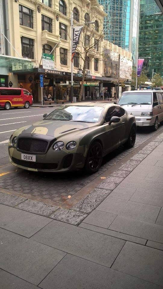 Camouflage Bentley Spotted In Auckland New Zealand Love It - Cool cars auckland