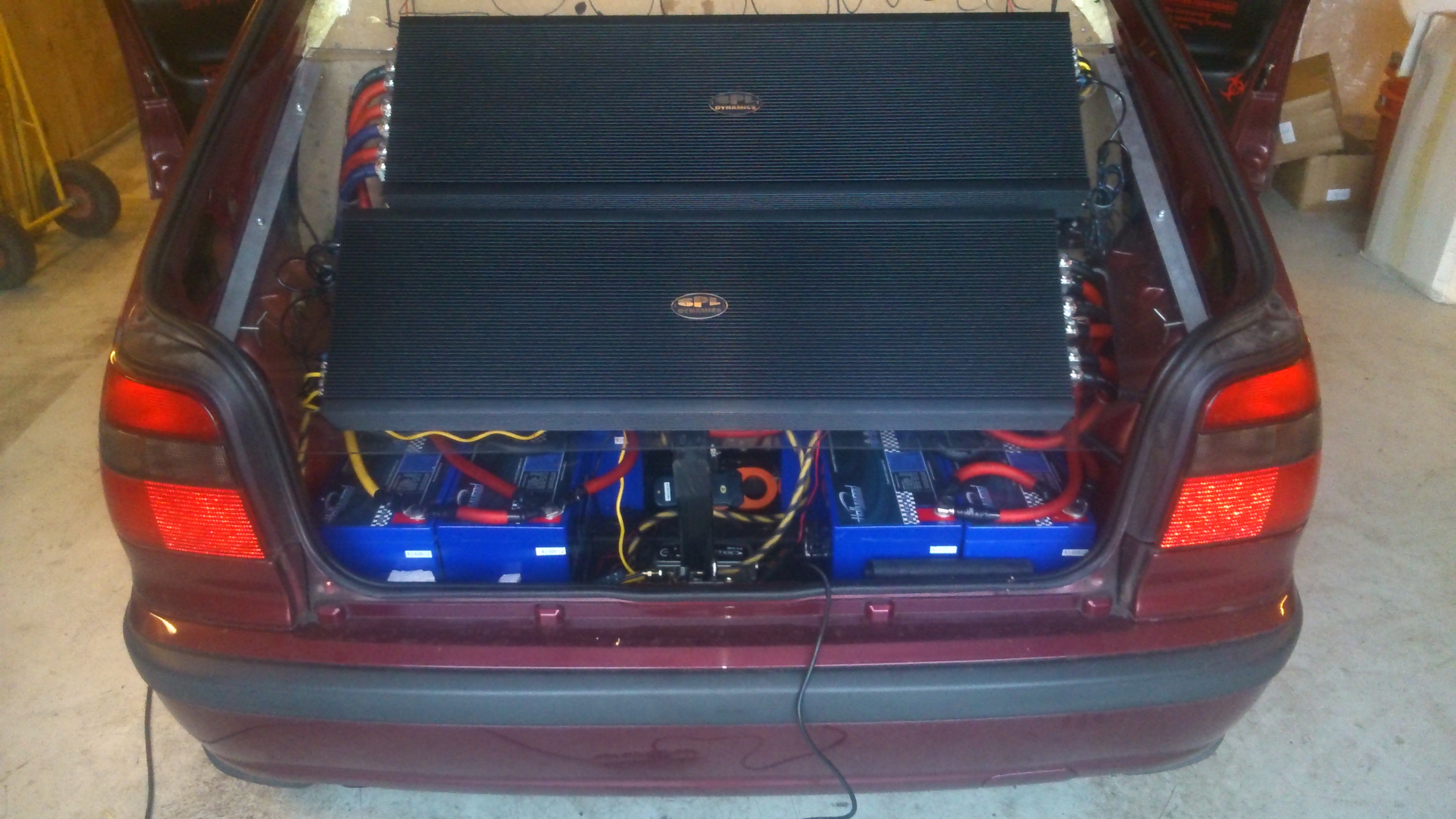 Mad Car Audio Skoda Felicia 40 000 Watt