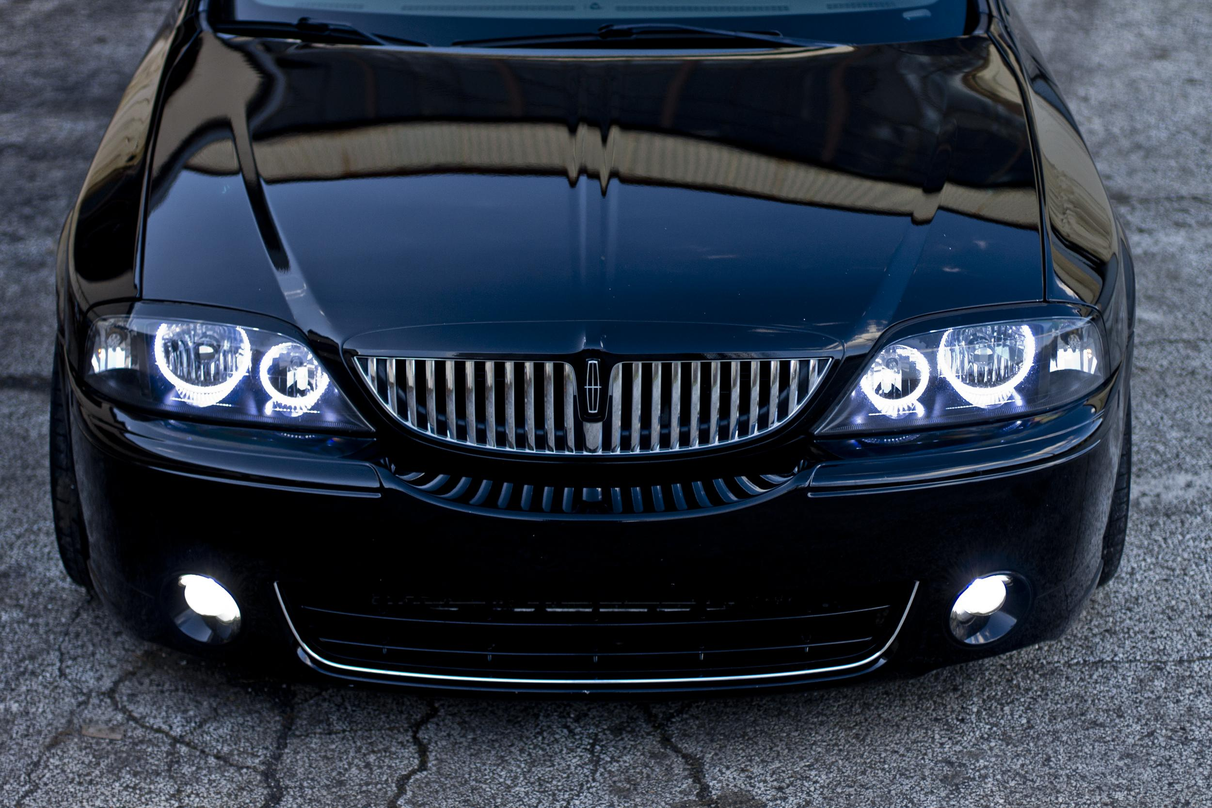 Lincoln Ls V8 Is An Awesome Car But It Looks Like A Bmw