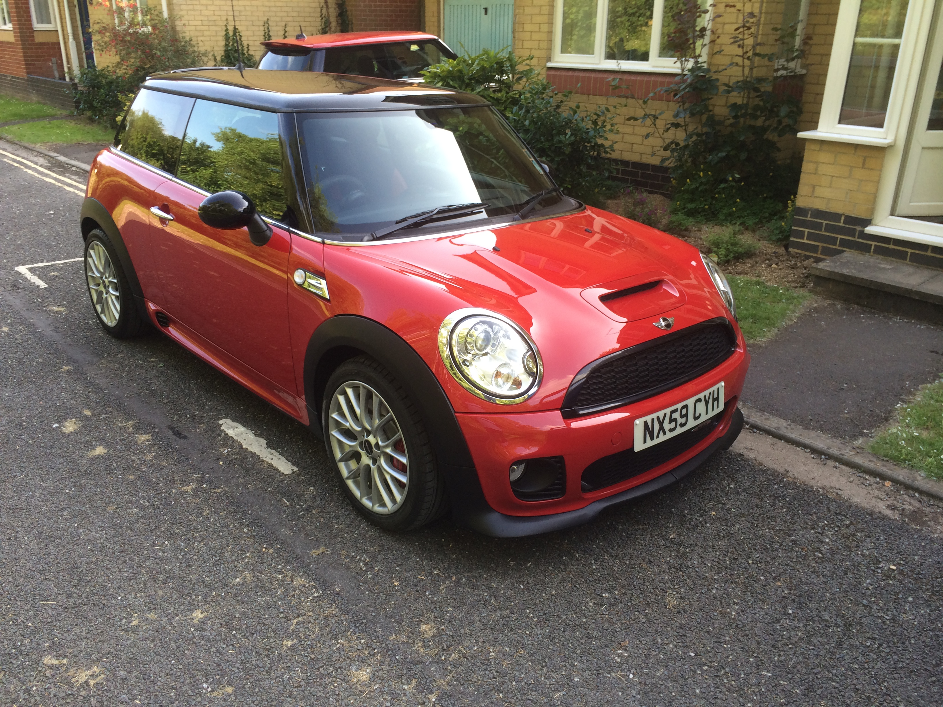 2009 mini john cooper works edition cooper s for Garage mini cooper annemasse