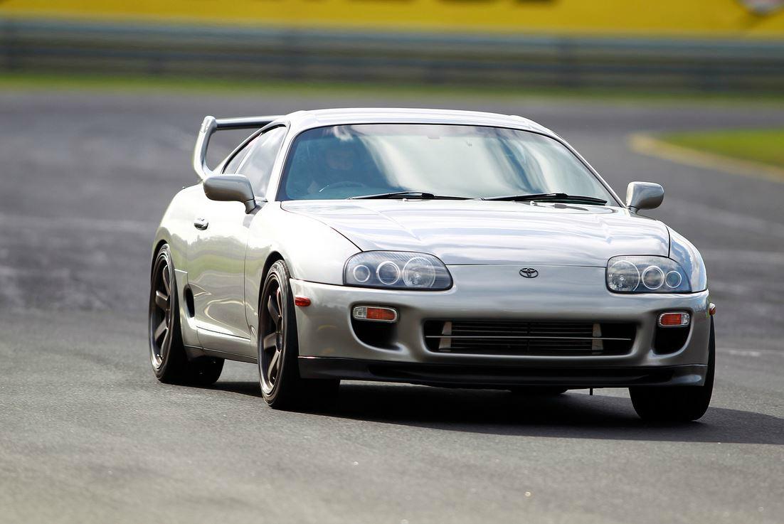 Kelebihan Toyota Supra 1999 Perbandingan Harga