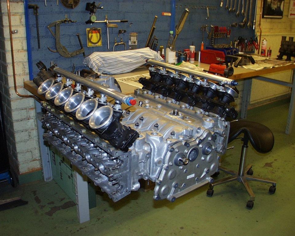 Subaru B12 . Subaru 3.5 liter , 60 valve Flat 12 Engine ...
