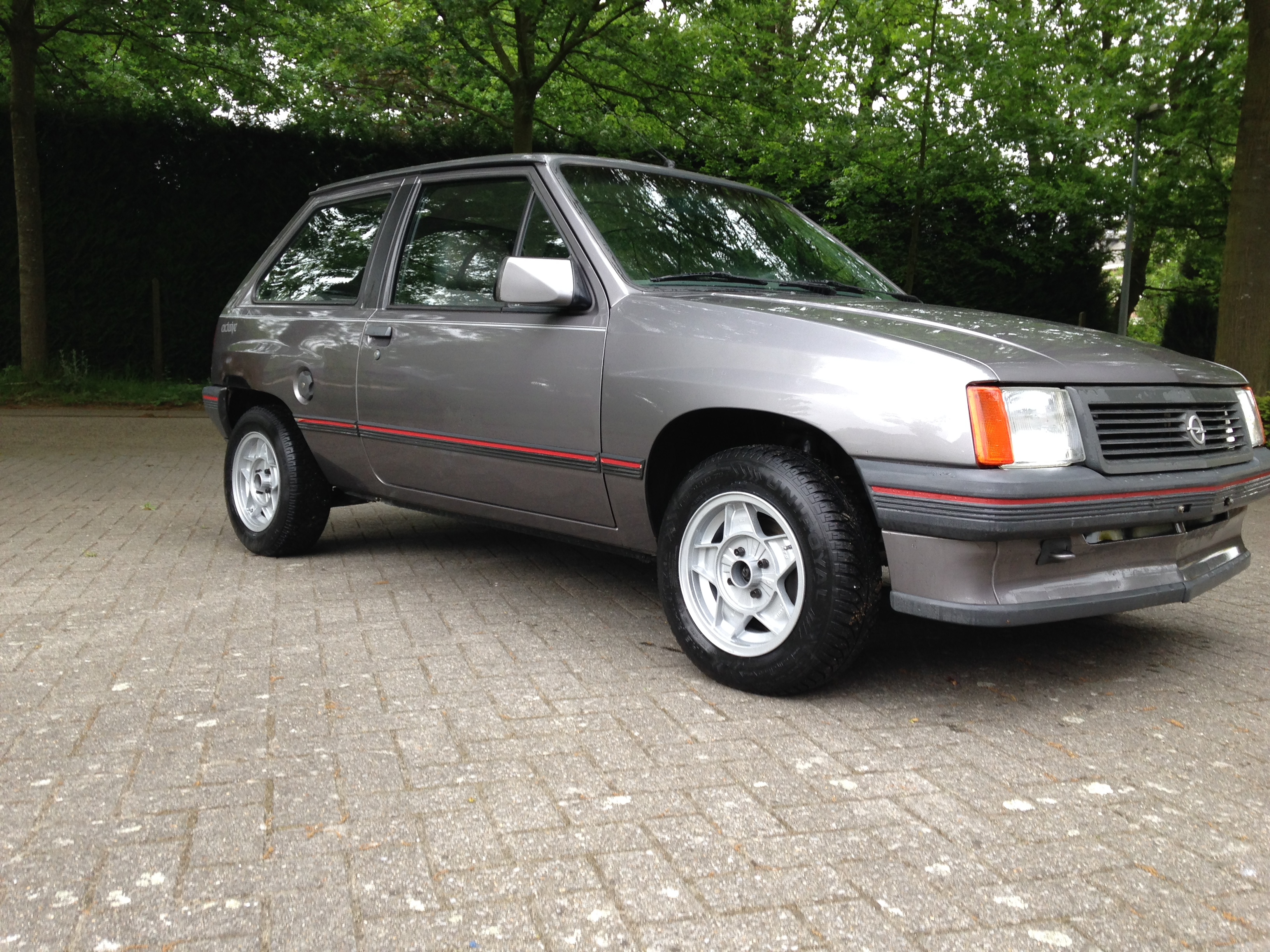 1989 opel corsa a for Garage opel paris 12