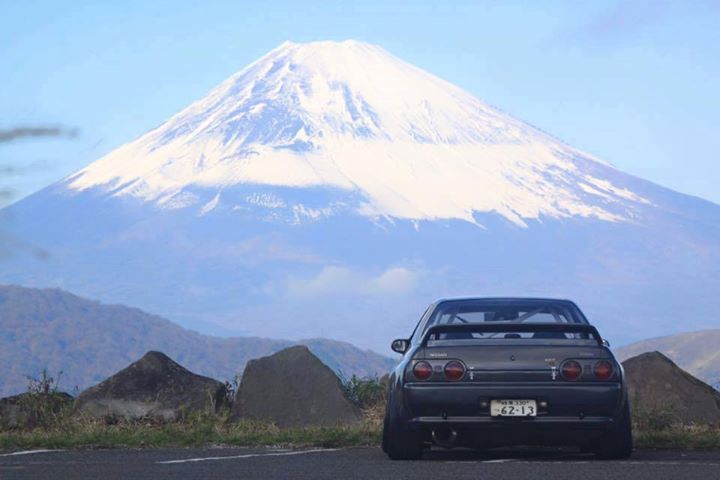 R32 Gtr Facing Mt Fuji Currently My Pc Wallpaper