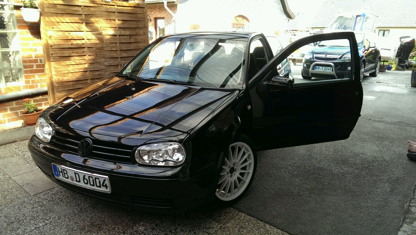 my first own car vw golf 1 9 tdi 101 bhp build in 2003 with ats streetrallye alloy wheels. Black Bedroom Furniture Sets. Home Design Ideas