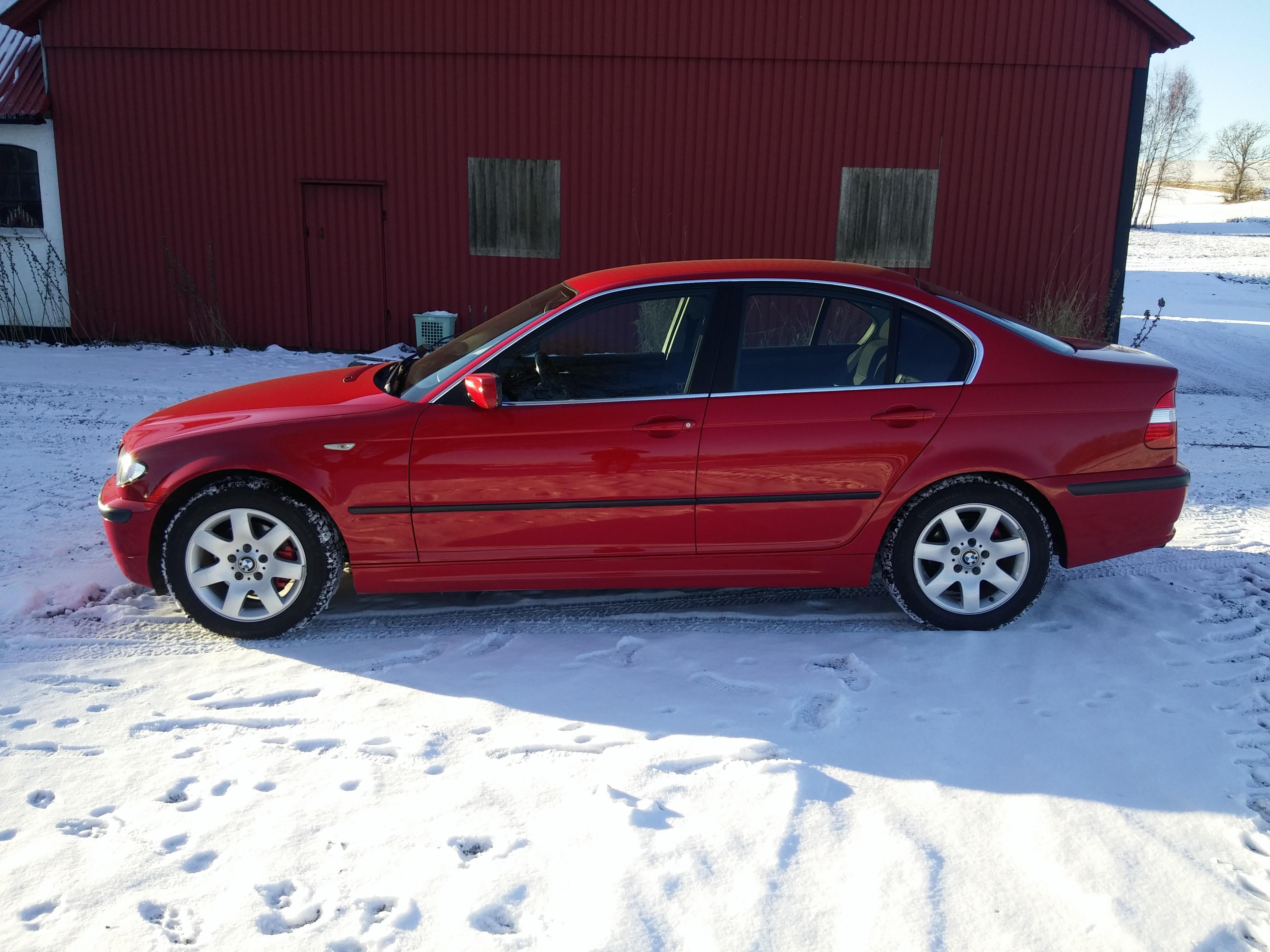 2002 bmw 320i tire size