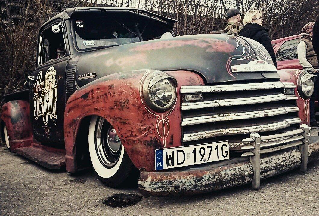 49 Chevy 3100 custom at US carmeet in Warsaw, Poland.