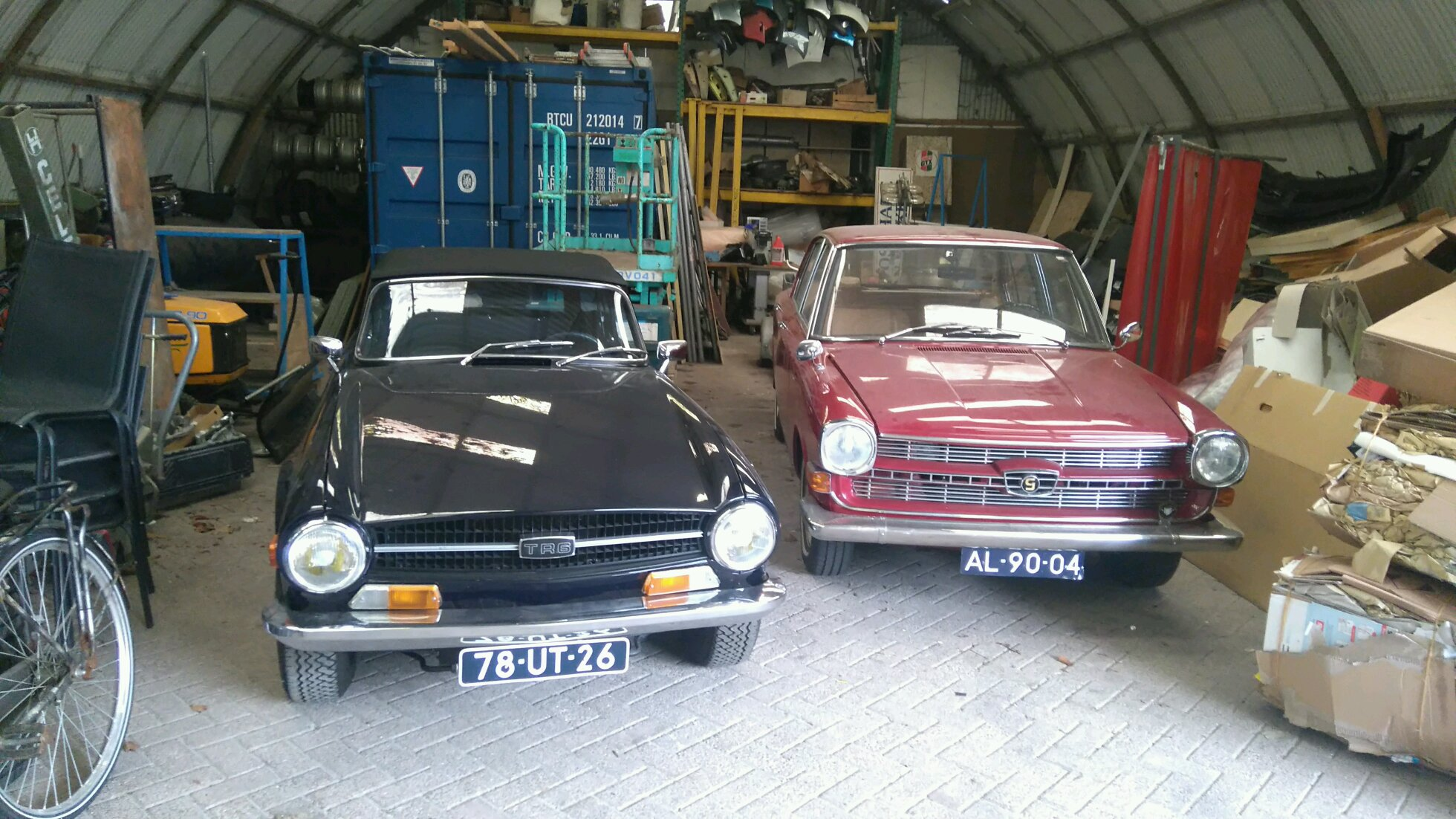 Triumph Tr6 And A Bmw Glas 1700 Automatic Nederland