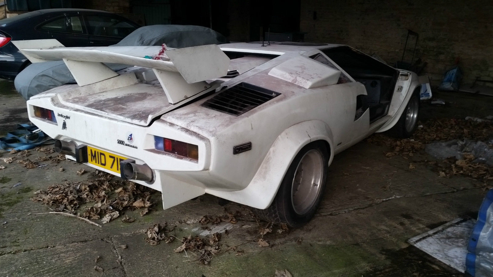 amphibious lamborghini countach replica rover v8 engine not used for a while no mot etc. Black Bedroom Furniture Sets. Home Design Ideas