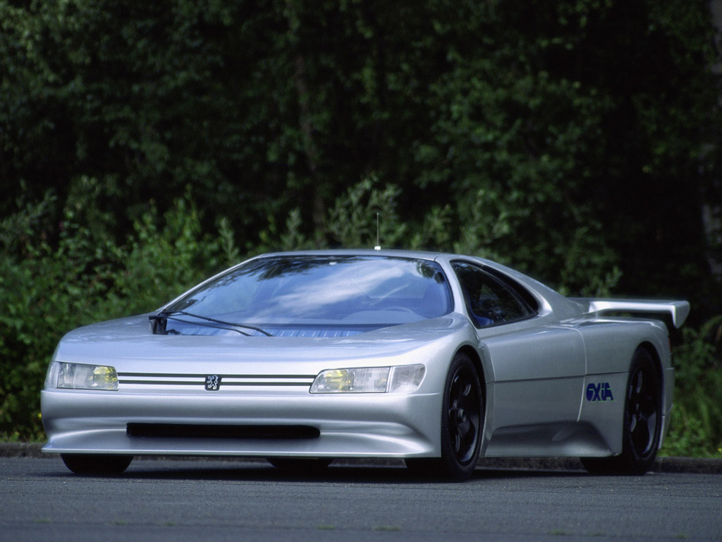 The Peugeot Oxia: a car with looks from outer space, which made its ...