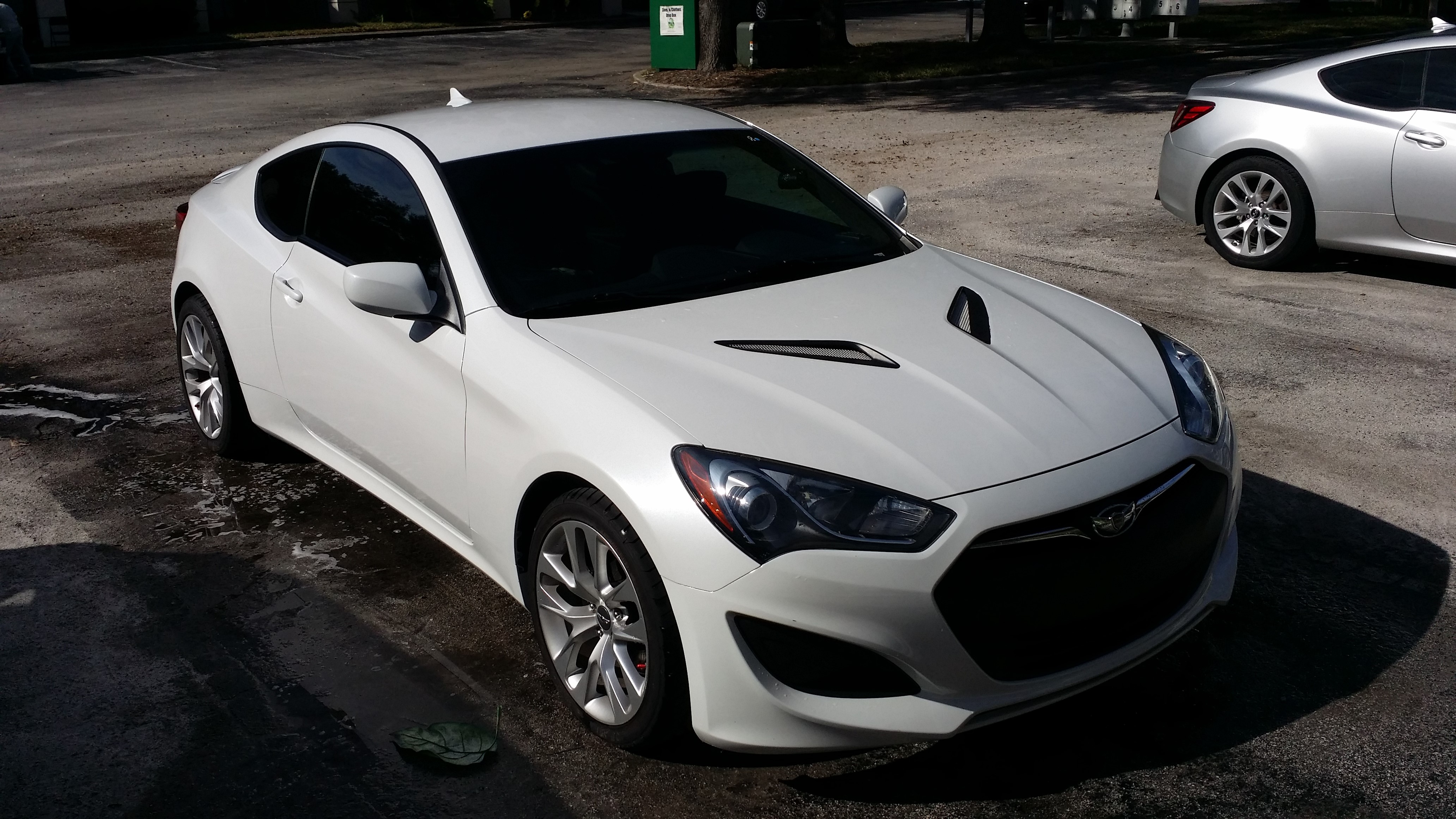 2013 genesis. Functional Hood Vents. Great For Keeping IAT Down. 2013 Genesis Coupe 2.0T A