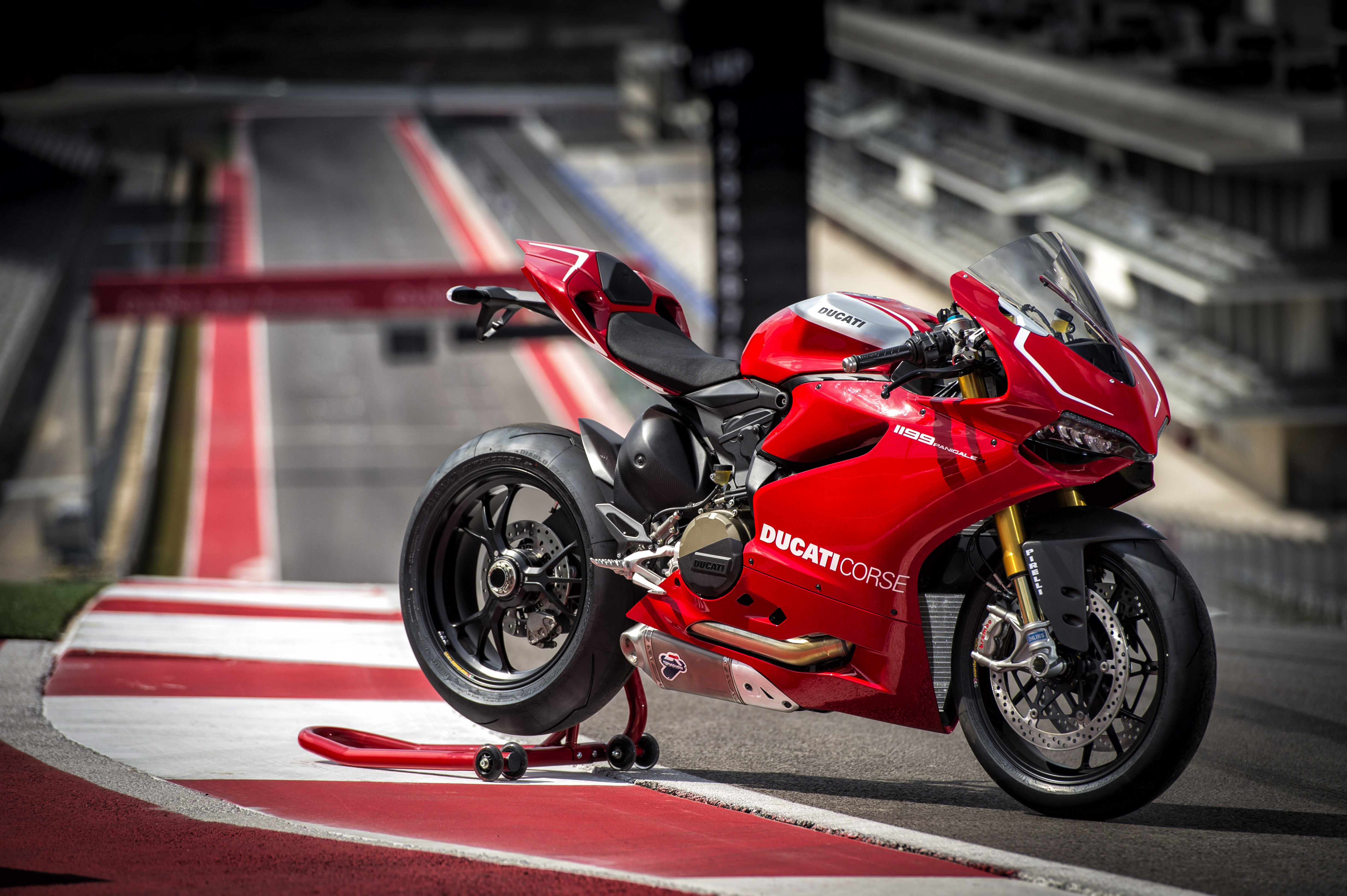 Мотоцикл ducati panigale