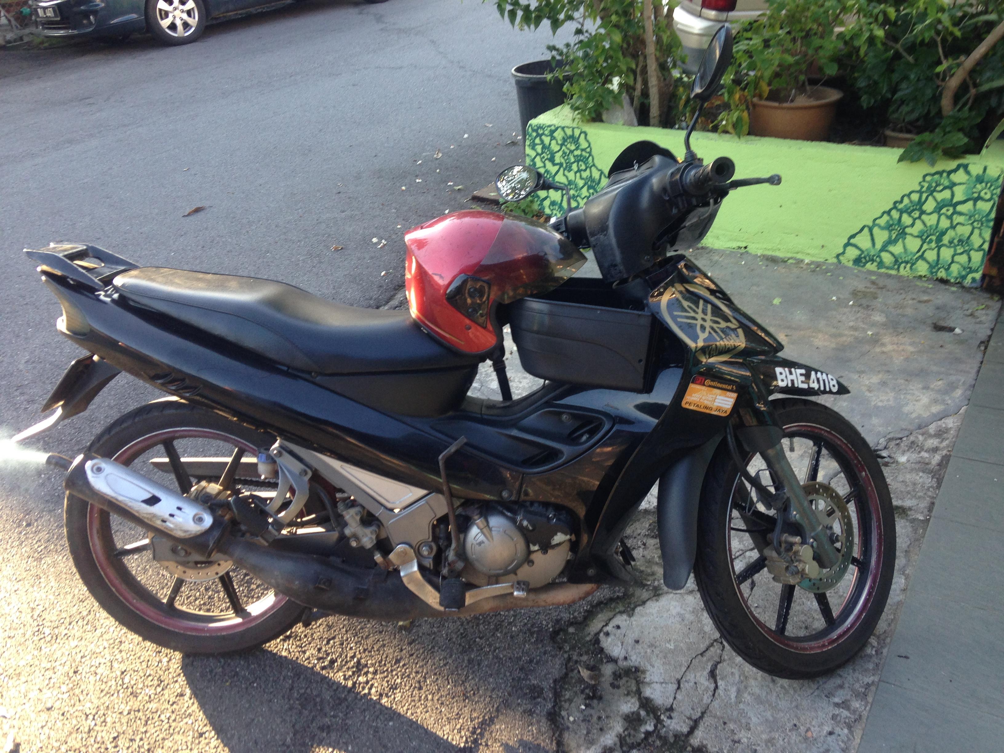 2004 Yamaha 125zr