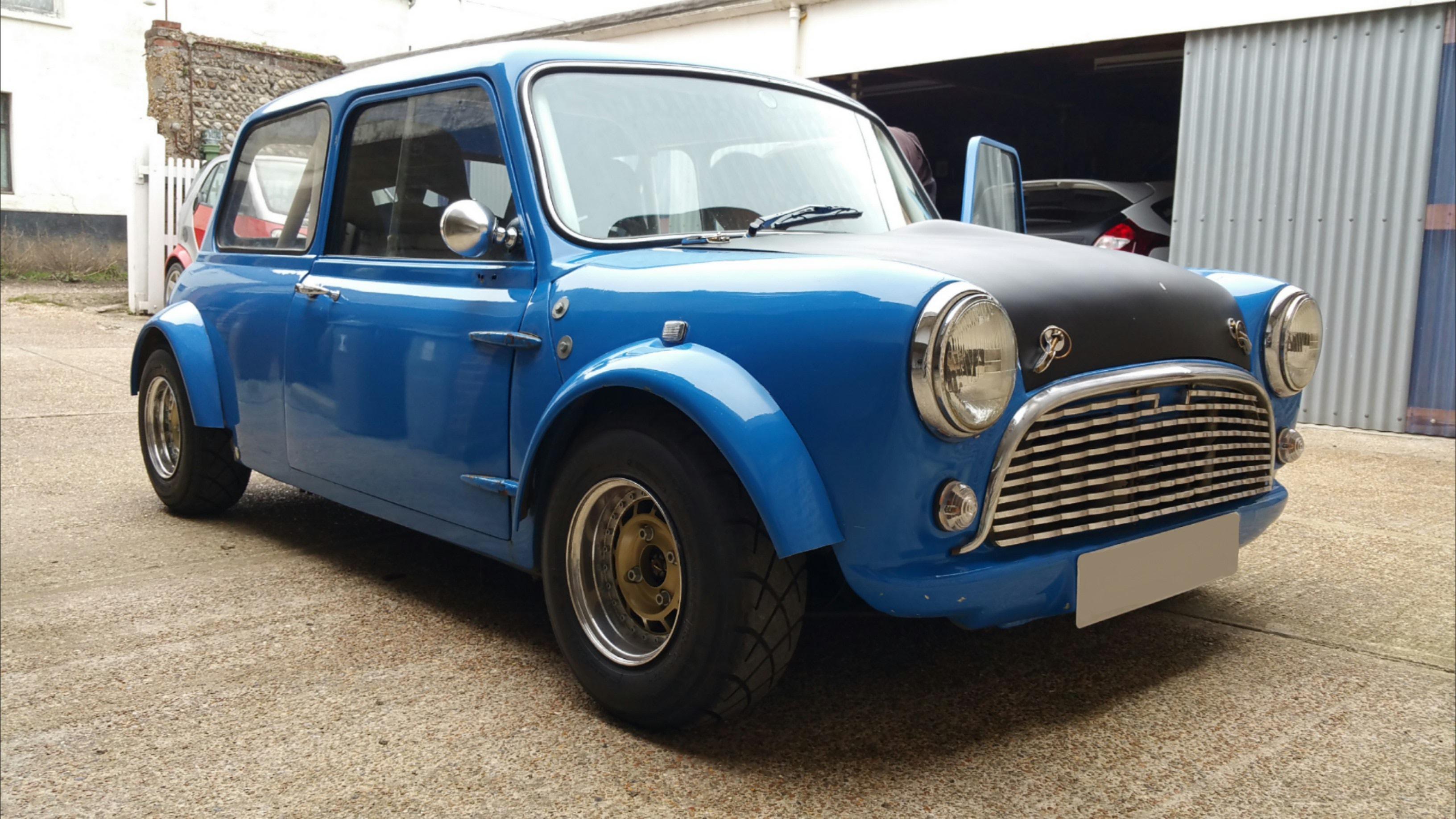 1960s austin mini minus for Garage austin mini