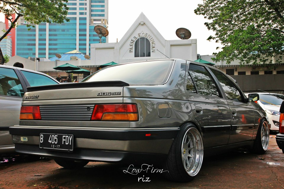 Peugeot 405, French cars are so beautiful