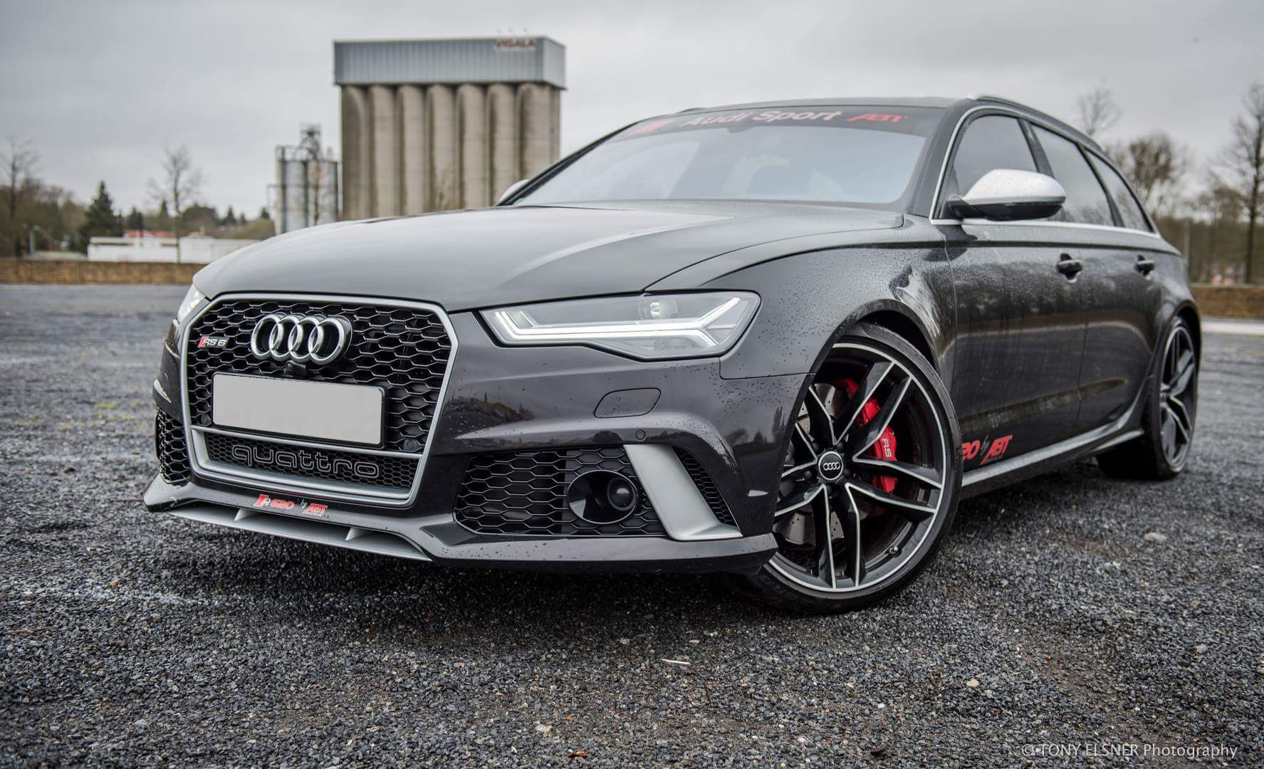 Audi RS6 - Best looking performance station wagon out there !