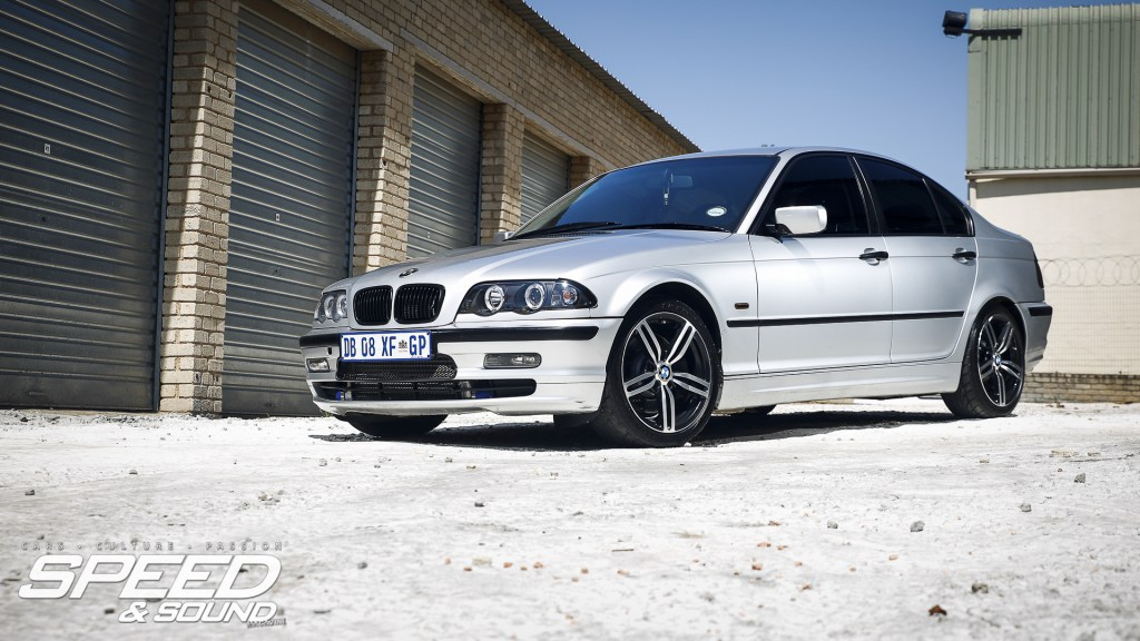 bmw e46 320d with a little suprise. Black Bedroom Furniture Sets. Home Design Ideas