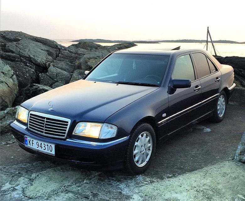 My w202 mercedes c180 99 elegance for Mercedes benz c class w202