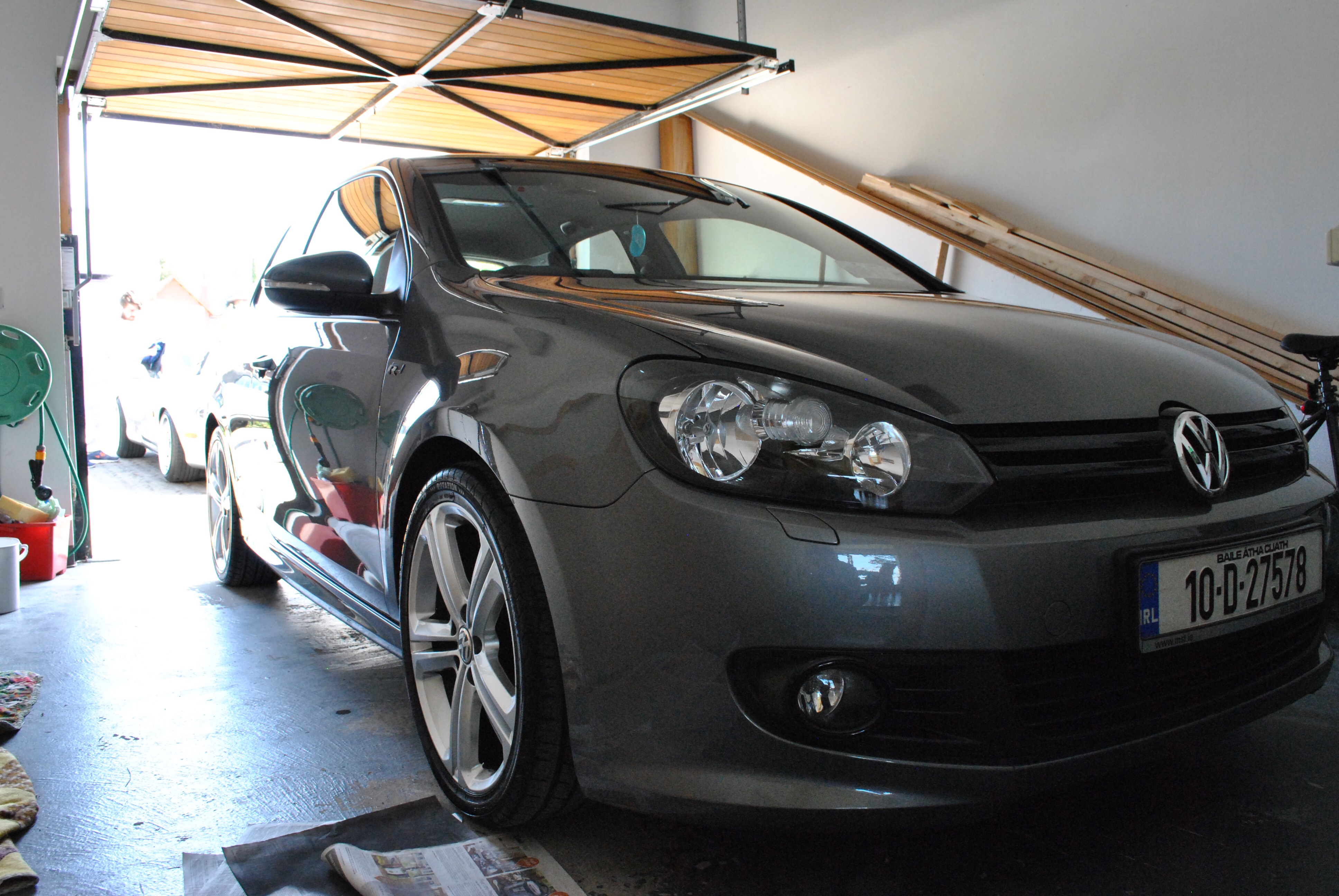 2010 Volkswagen Golf R Line