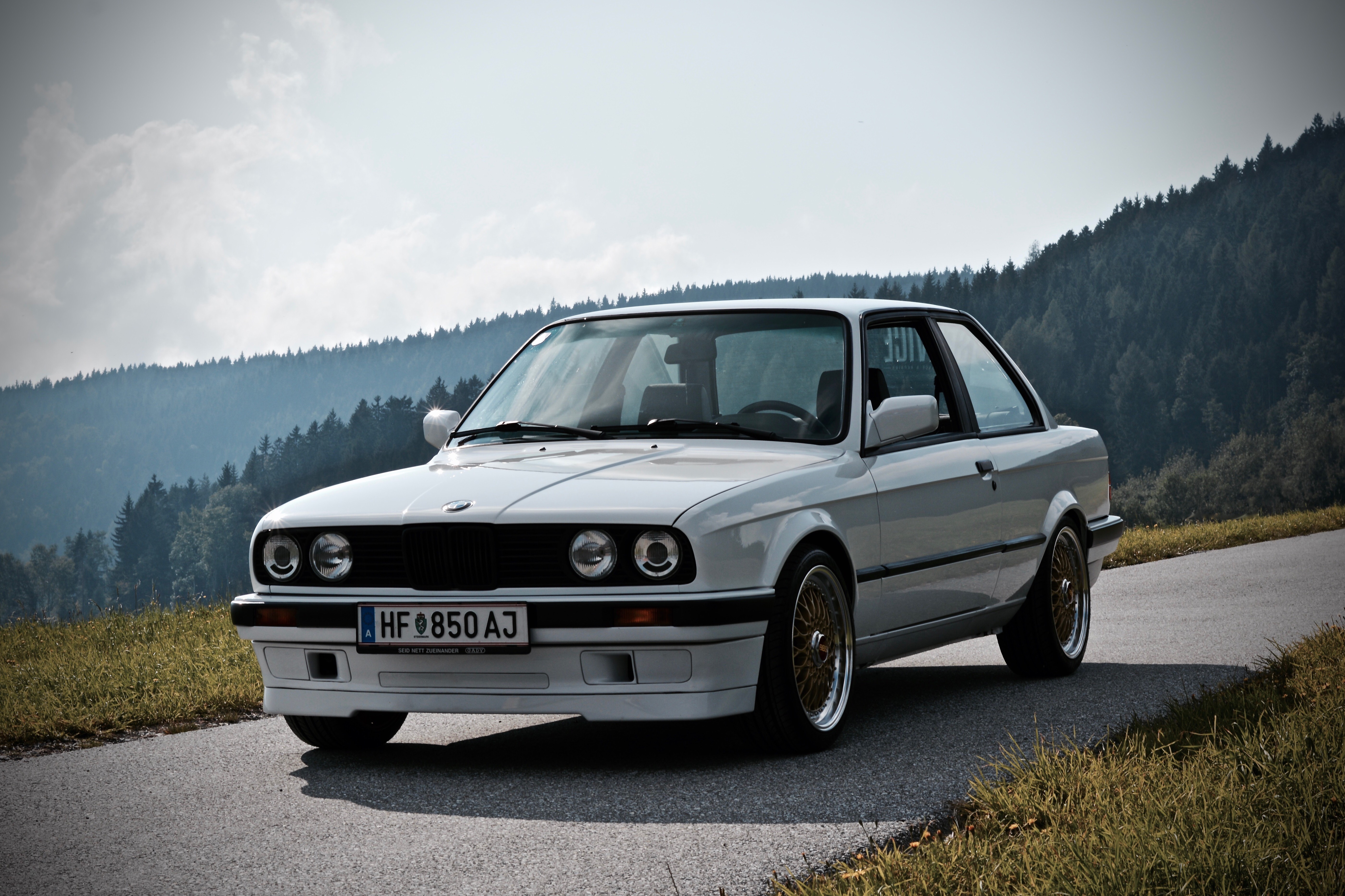 it isn 39 t finish but still great bmw e30 318is. Black Bedroom Furniture Sets. Home Design Ideas