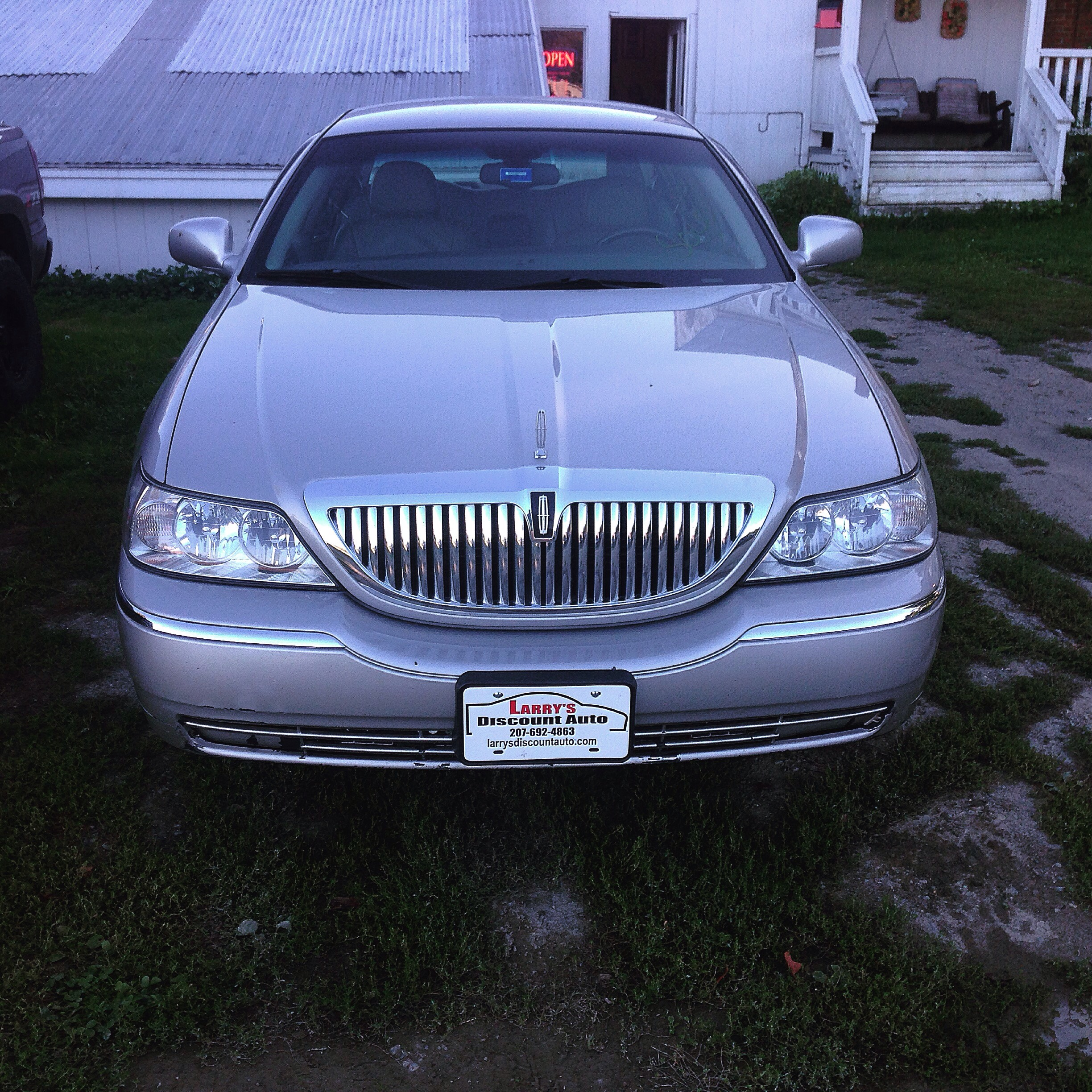 My Old Lincoln Town Car Love This Beast
